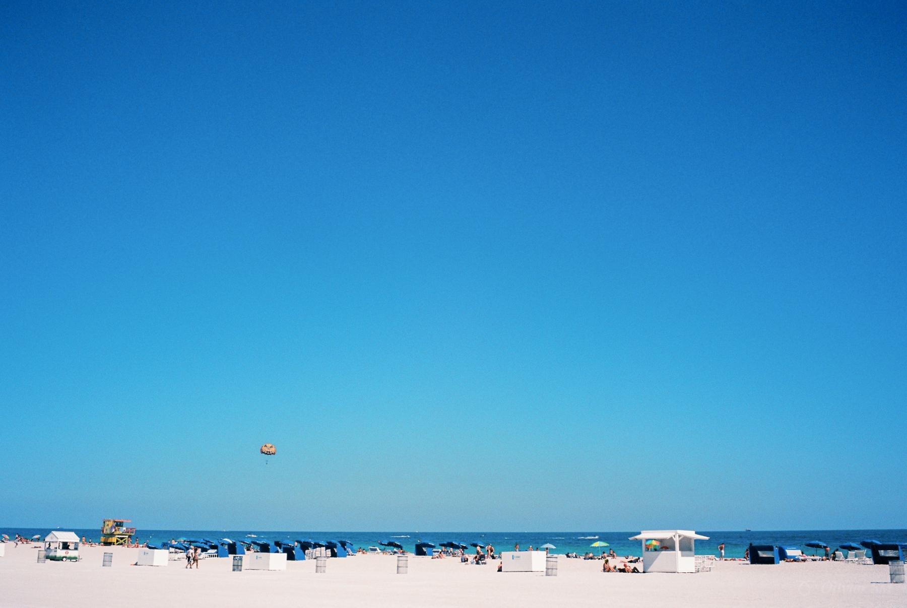 Beach | Miami, USA |Voigtländer Bessa R3M | Voigtländer 35mm f/1.4 Nokton Classic