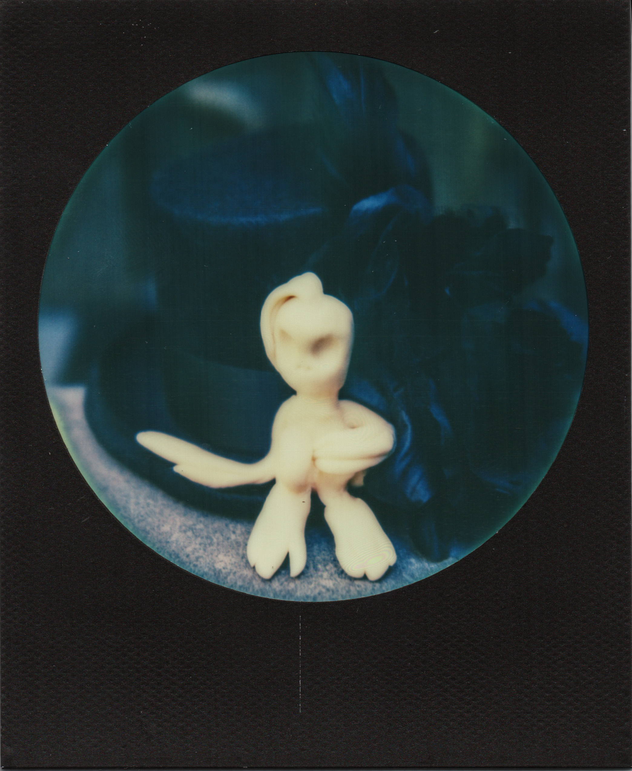 Alien Invasion | Polaroid sx70 | Impossible Round Black Frame | Karin Klaus