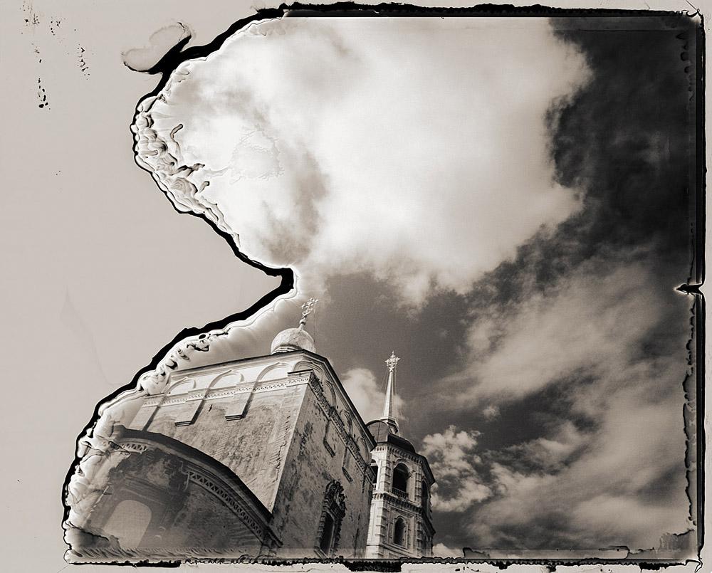 Church of Our Saviour, Itrkutsk | Graflex XL | Polaroid 665 | Michael Kirchoff