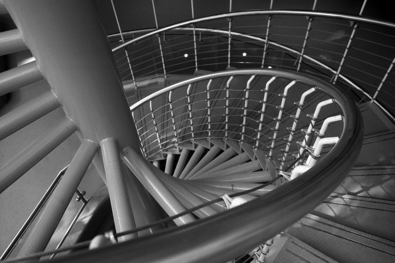 Place du Portage IV | Nikon FE2 | 28mm | Fuji NPH400 | Howard Sandler