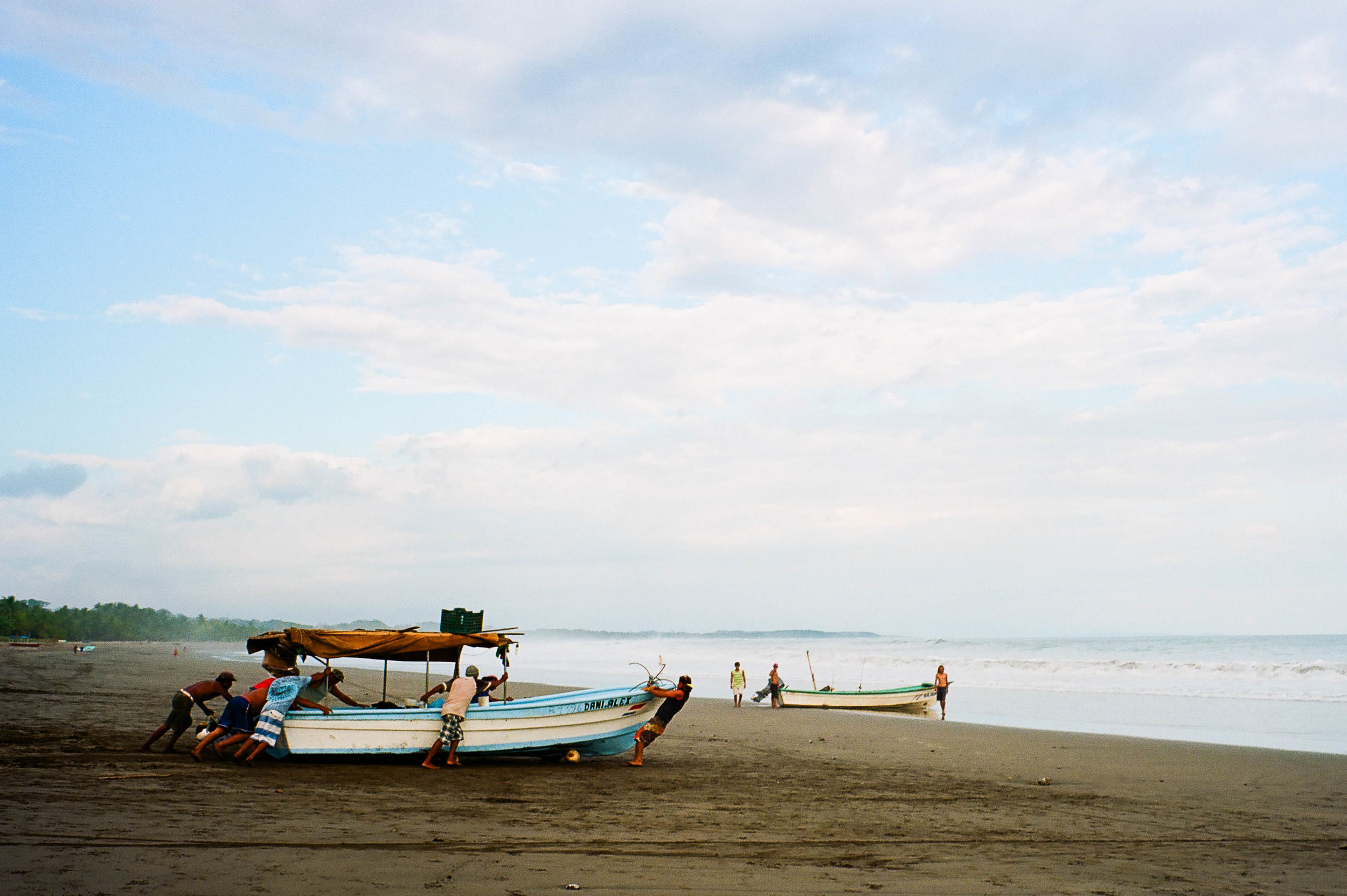 To Sea | Leica M6 | Portra 400 | Mandy TC