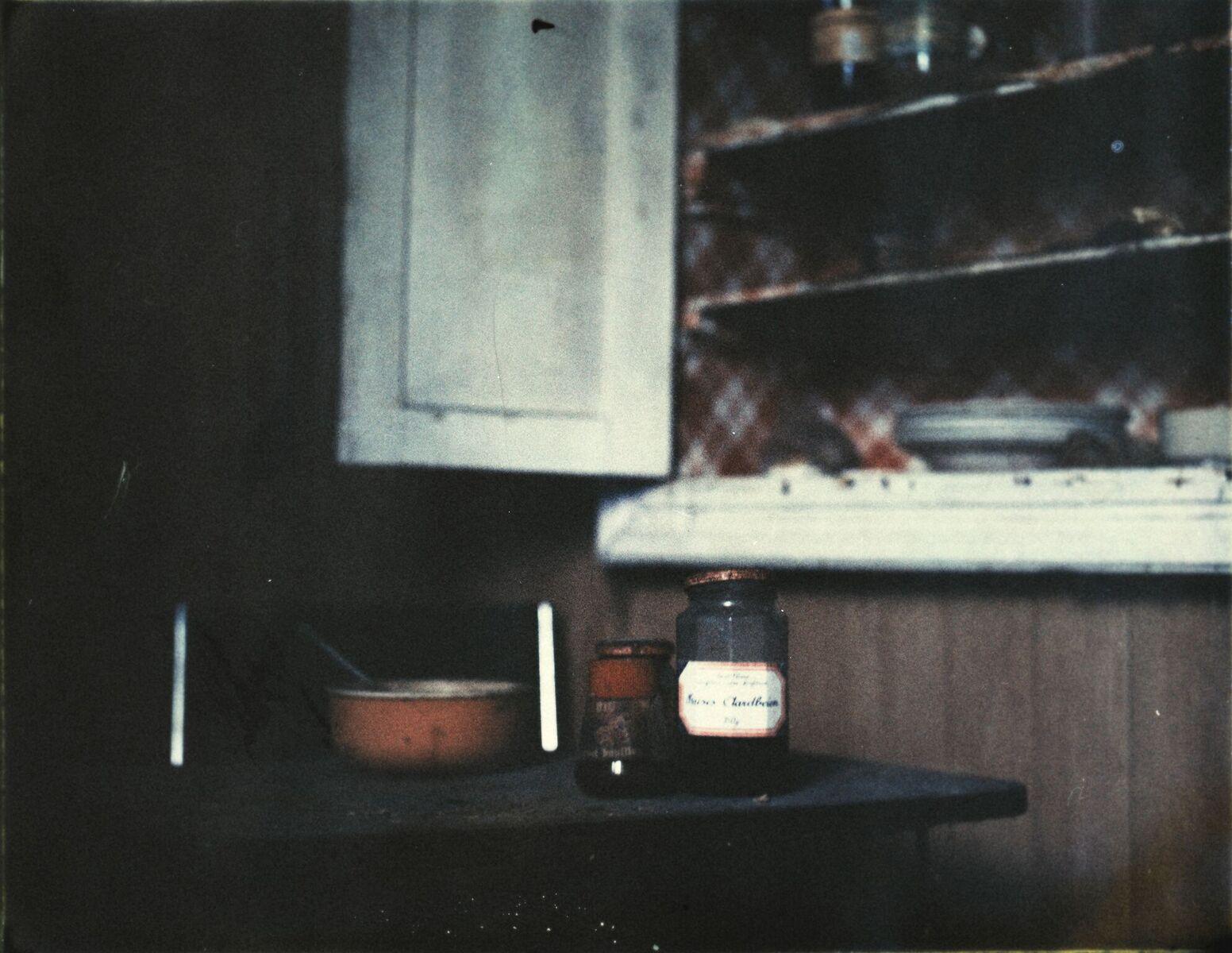 De Passage | Polaroid 195 | Fujifilm FP-100C | Kalian Lo