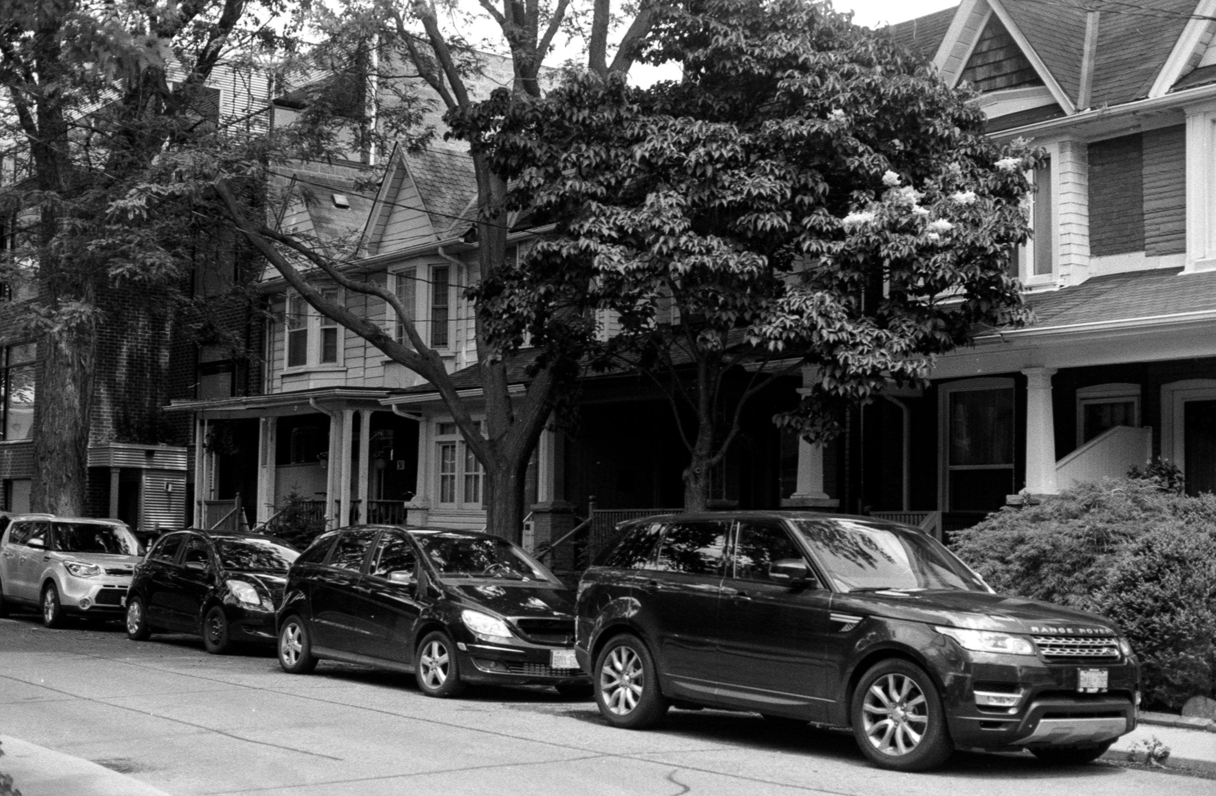 Leslieville Side Street Parking.jpg