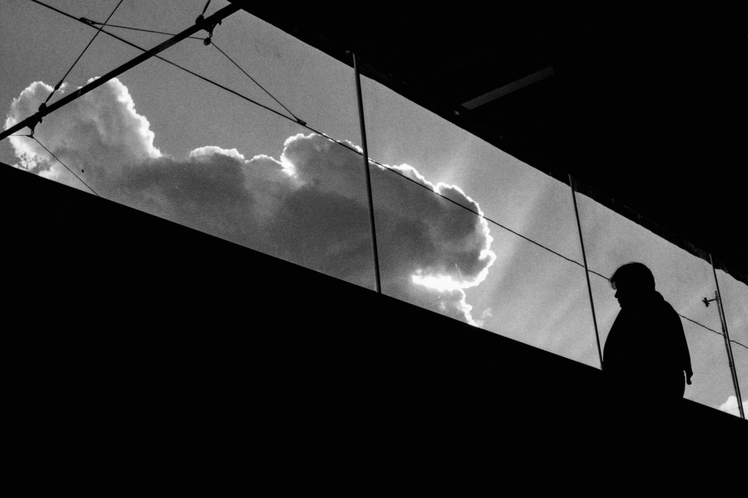 silhouette in the sky | Canon A-1 | Agfa APX400 | Daniel Stoessel