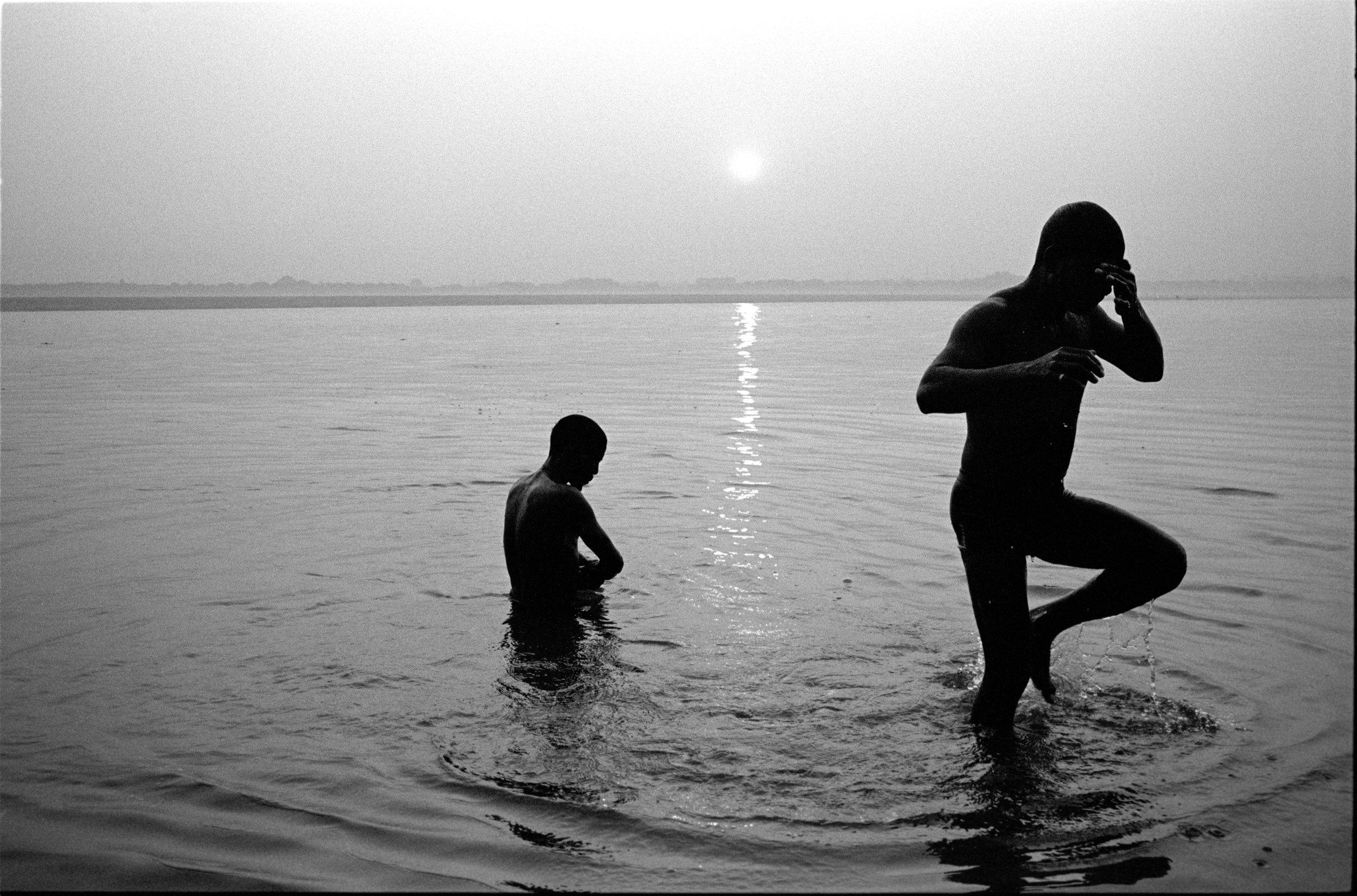 Varanasi   Leica MP 35mm   Tri-X   Suan Lin