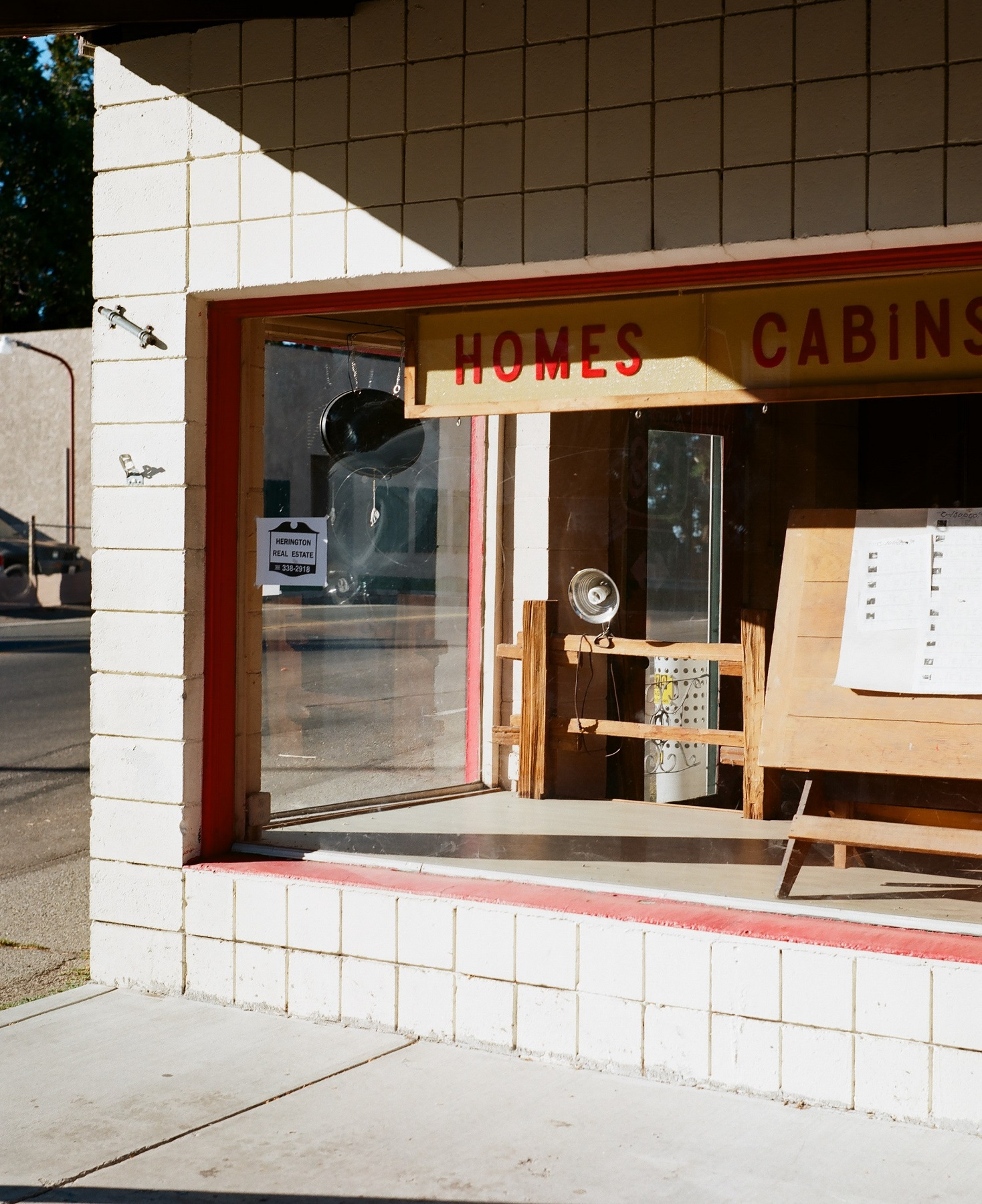 Crestline, California_Mamiya Super 23, 3.5f=100m_Kyle Everett Smith_8.jpg
