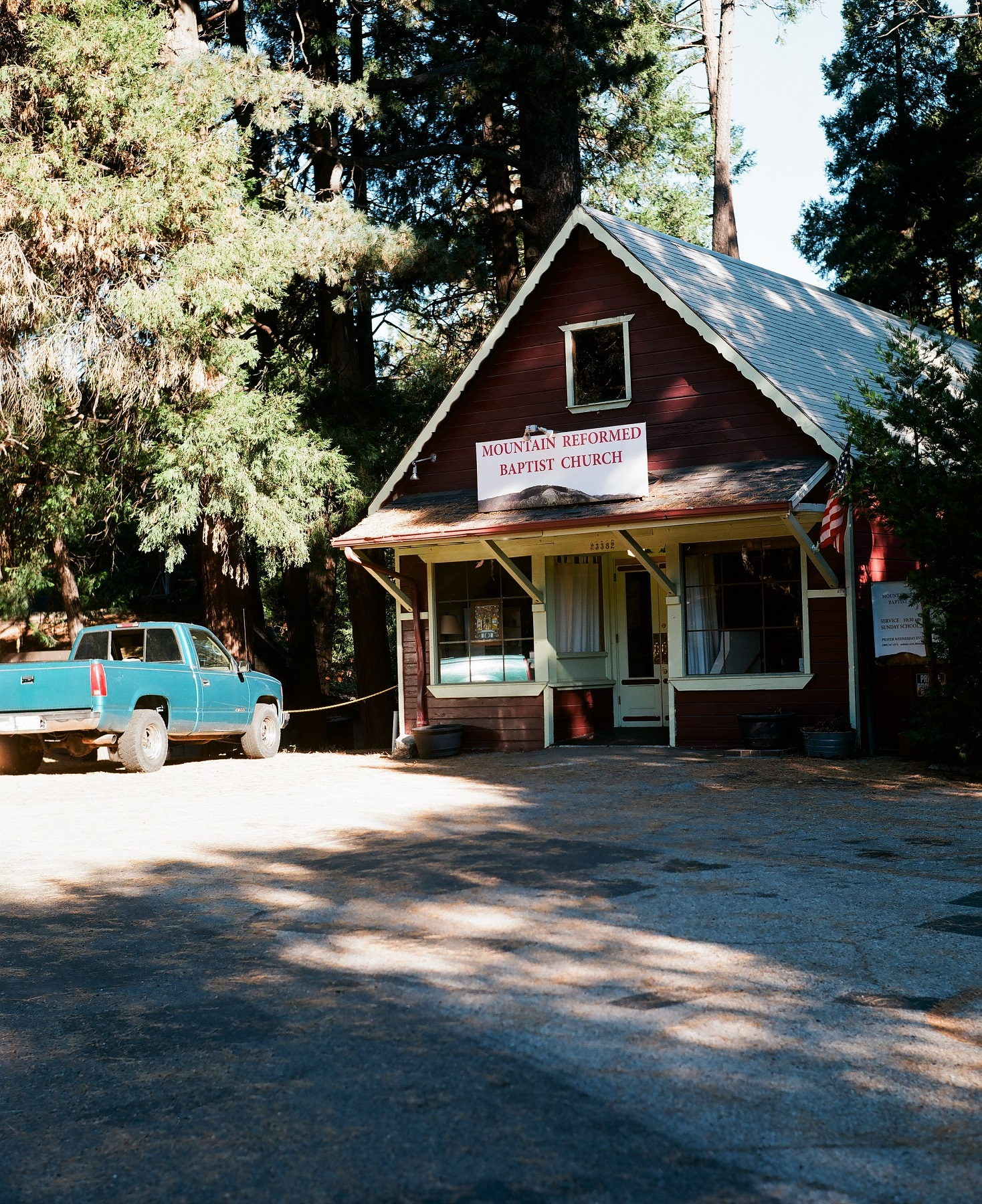 Crestline, California_Mamiya Super 23, 3.5f=100m_Kyle Everett Smith_14.jpg