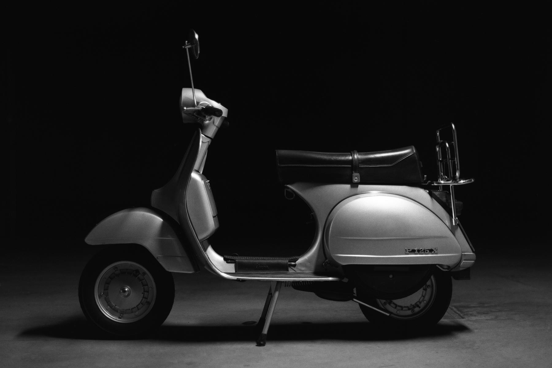 Classy | Mamiya M645 1000s | Sekor C 80mm | Ilford FP4+ | Umberto Gnocchi
