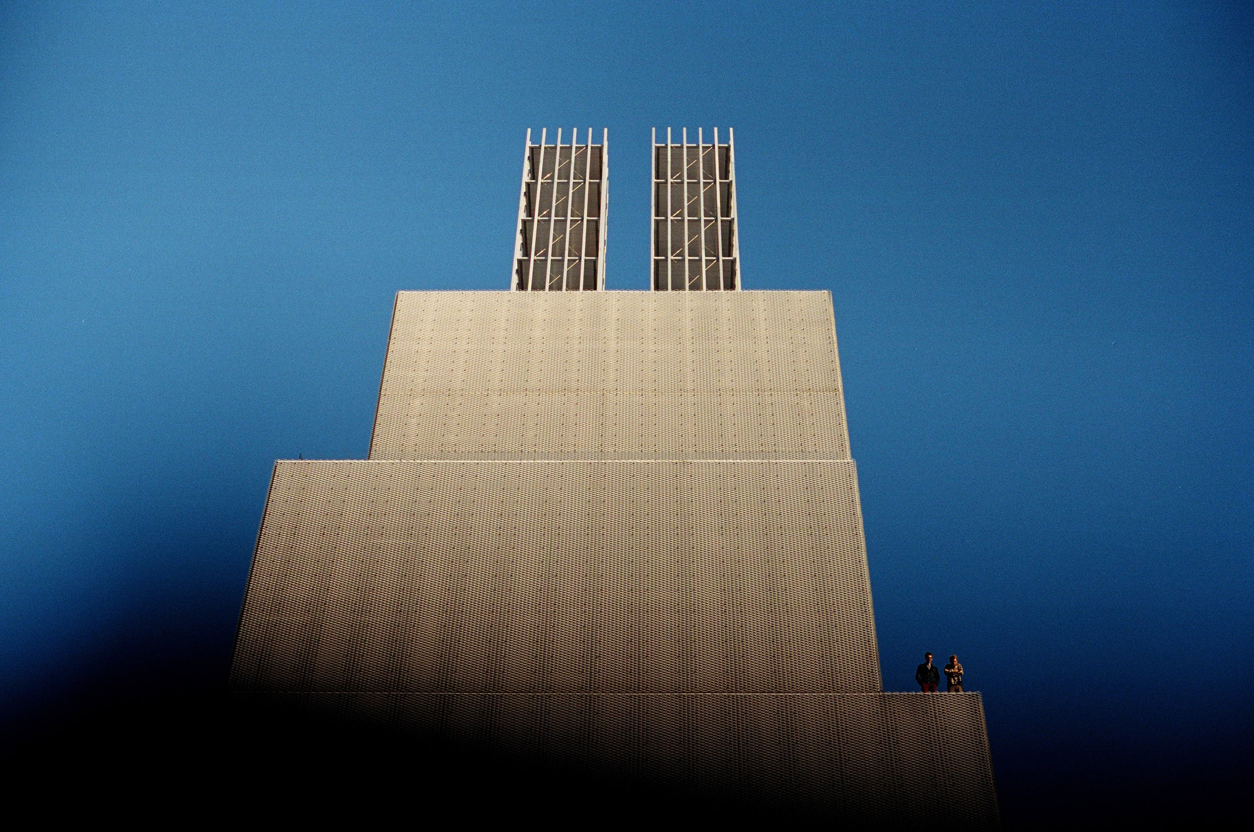 Blue | Nikon F3 | 50mm F/1.4 | Alex Linzmeier