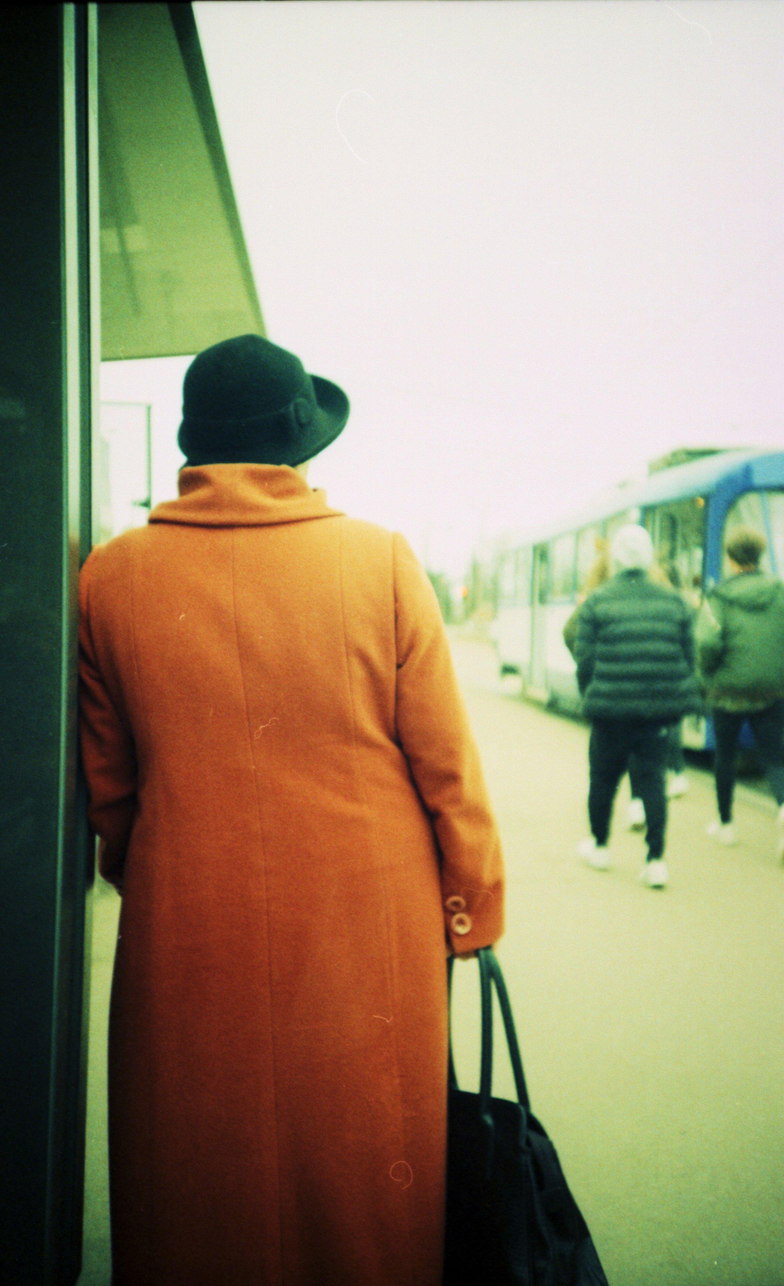 Lady in Orange | Lomo LCA | Velvia 50 in C41 | Patrice Baunov
