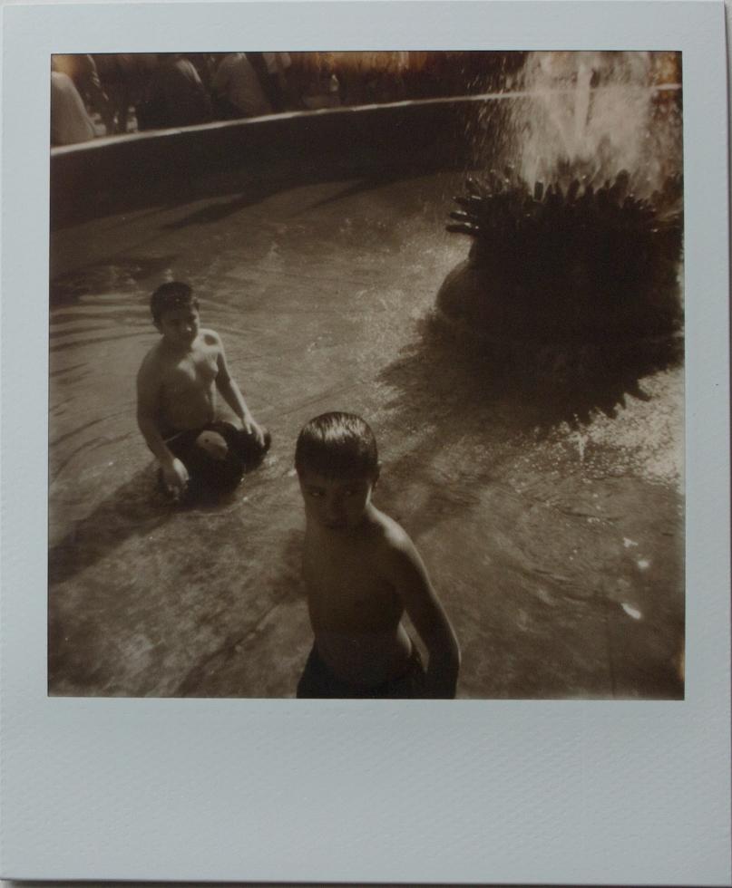 Plaza De Mayo | Polaroid OneStep | Impossible 600 | Franco Carino Zanotti