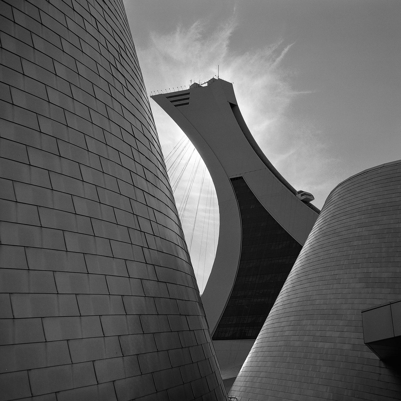 Howard Sandler   Parc Olympique   Zeiss Super Ikonta