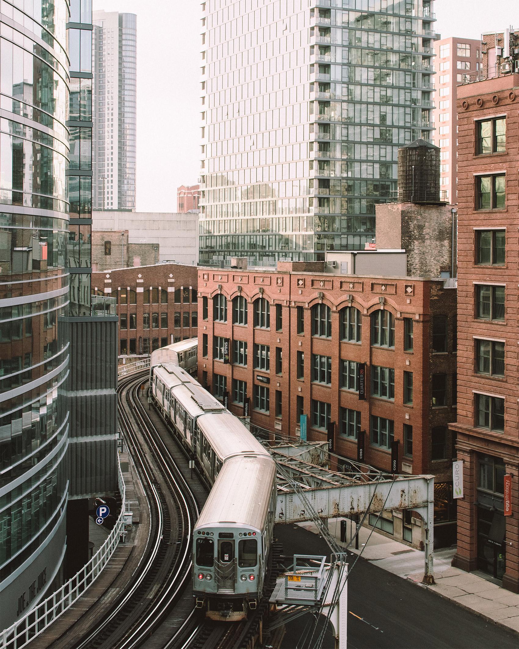 Jeffrey Czum   Tracks   CanonAe-1   28mm