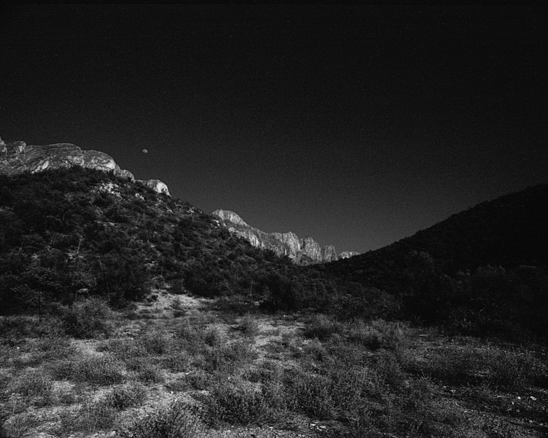 On the other side of the mountain | Minolta srt | Acros | Efrain Bojorquez