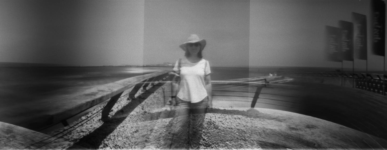 Daphne Schnitzer - Daphne Schnitzer Blender 120 pinhole autoportrait.jpg