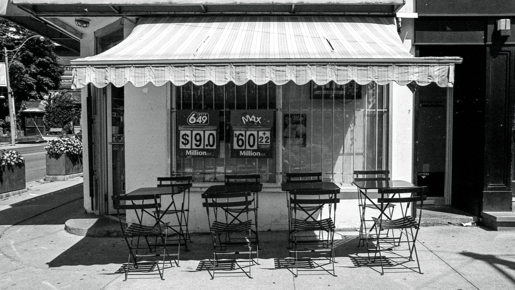 Seats in the Shade, Pentax KM, SMC Pentax K 28 F3.5 lens, Kosmo Mono 100