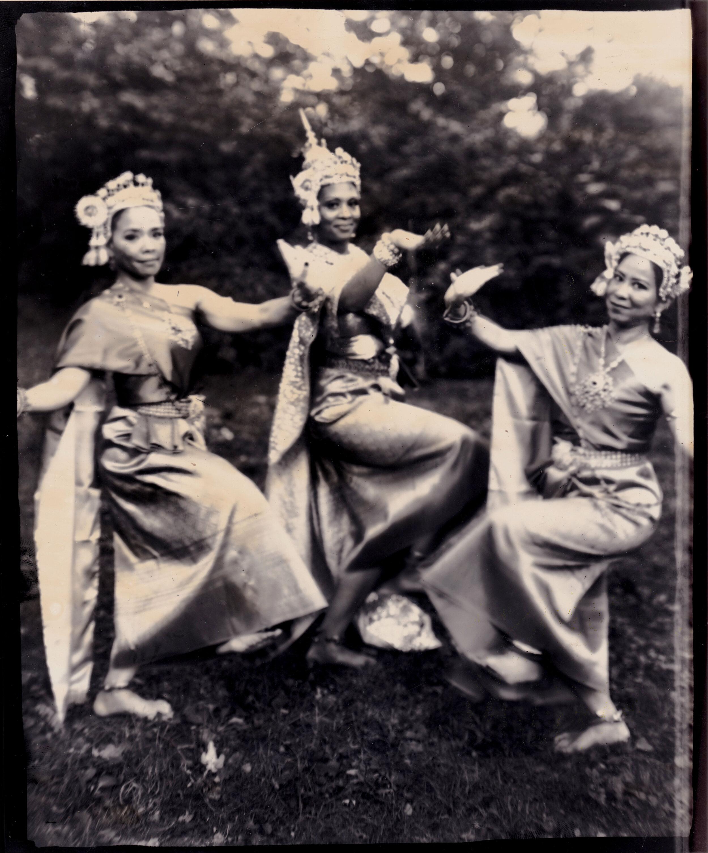 thaidance4.jpg