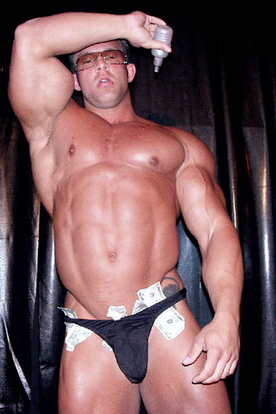 Derek Anthony was known more by fans as a gay pin-up boy than as a successful competitive bodybuilder.