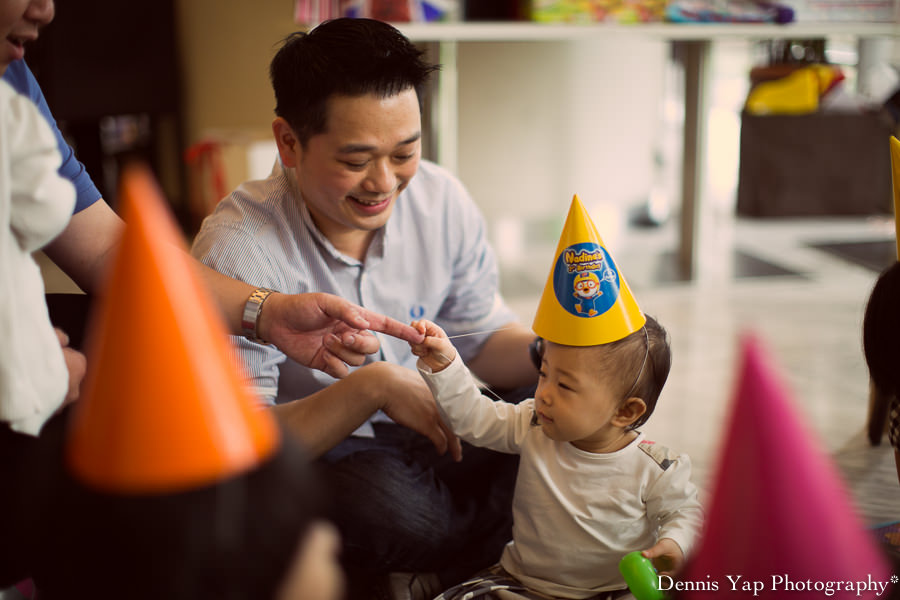 nadine 1 year old birthday dennis yap photography baby portrait hannah yeoh DAP sister-11.jpg