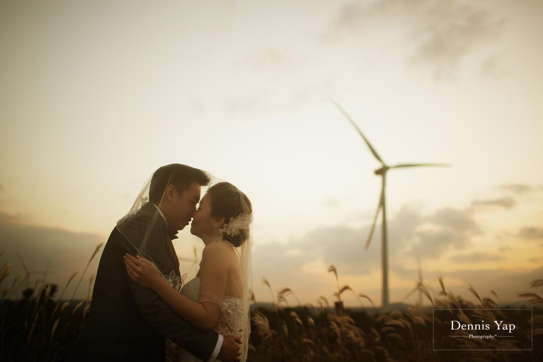 keith suet may pre-wedding jeju do korea by dennis yap photography island dramatic-14.jpg