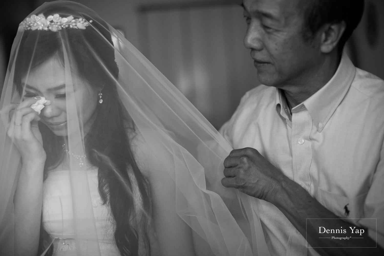 jake yu hwan melaka wedding gate crash by dennis yap photography elderly moments and emotions hugs-11.jpg