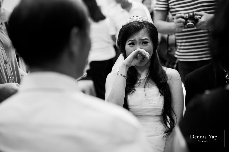 jake yu hwan melaka wedding gate crash by dennis yap photography elderly moments and emotions hugs-23.jpg
