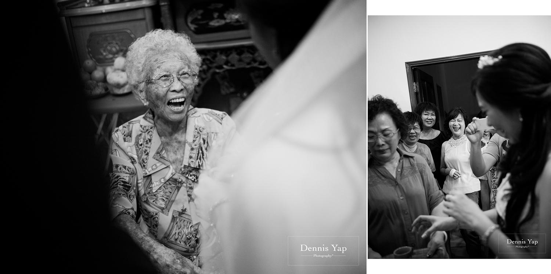 jake yu hwan melaka wedding gate crash by dennis yap photography elderly moments and emotions hugs-24.jpg