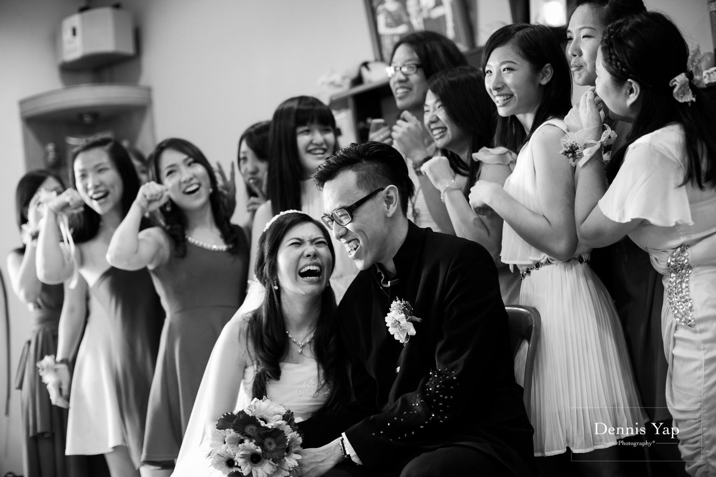 jake yu hwan melaka wedding gate crash by dennis yap photography elderly moments and emotions hugs-26.jpg