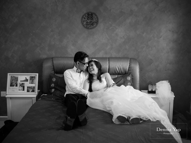 jake yu hwan melaka wedding gate crash by dennis yap photography elderly moments and emotions hugs-33.jpg