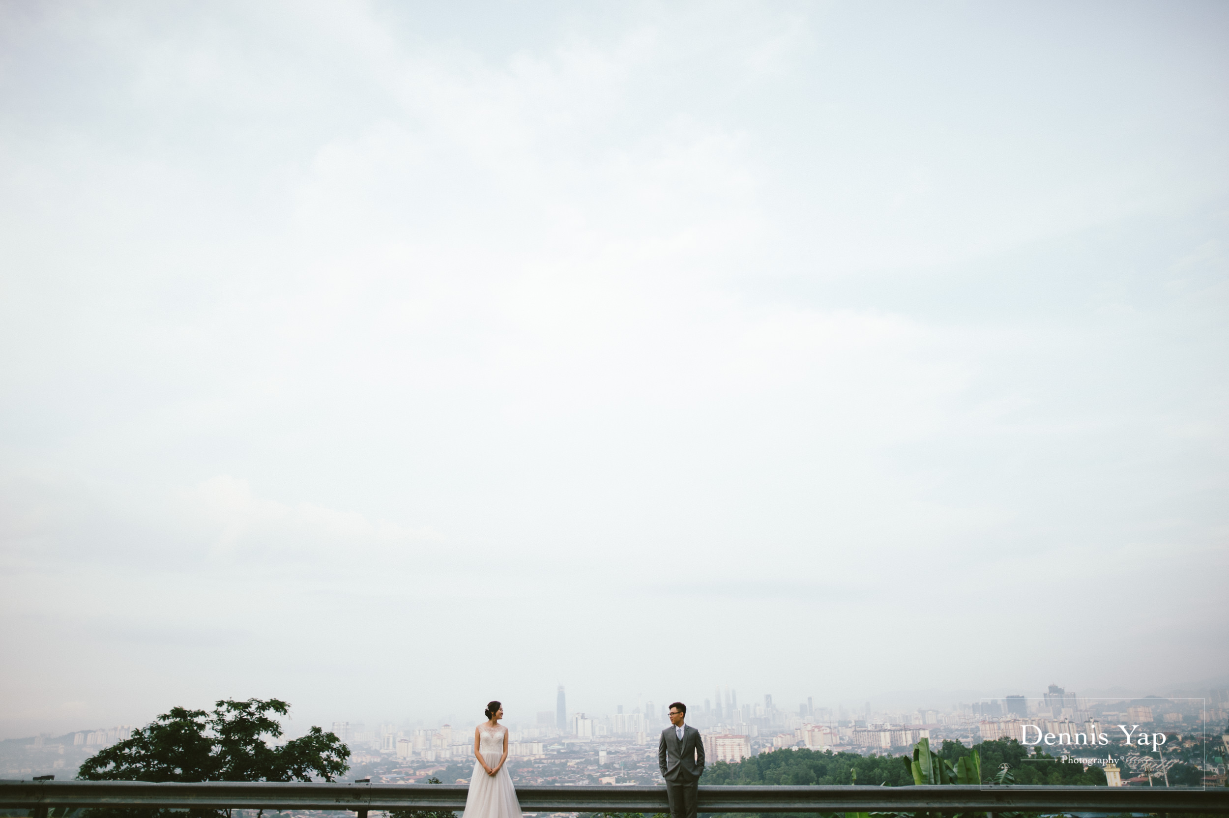 steven ching pre wedding hulu langat namwah road background beloved lookout point dennis yap photography malaysia top photographer-2.jpg
