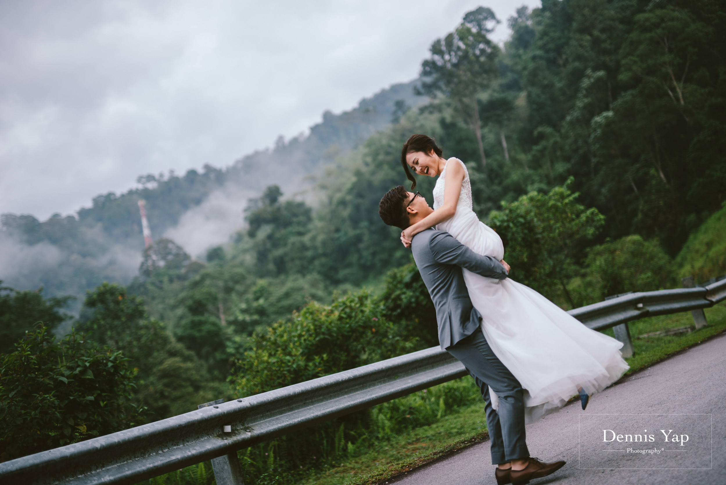 steven ching pre wedding hulu langat namwah road background beloved lookout point dennis yap photography malaysia top photographer-5.jpg