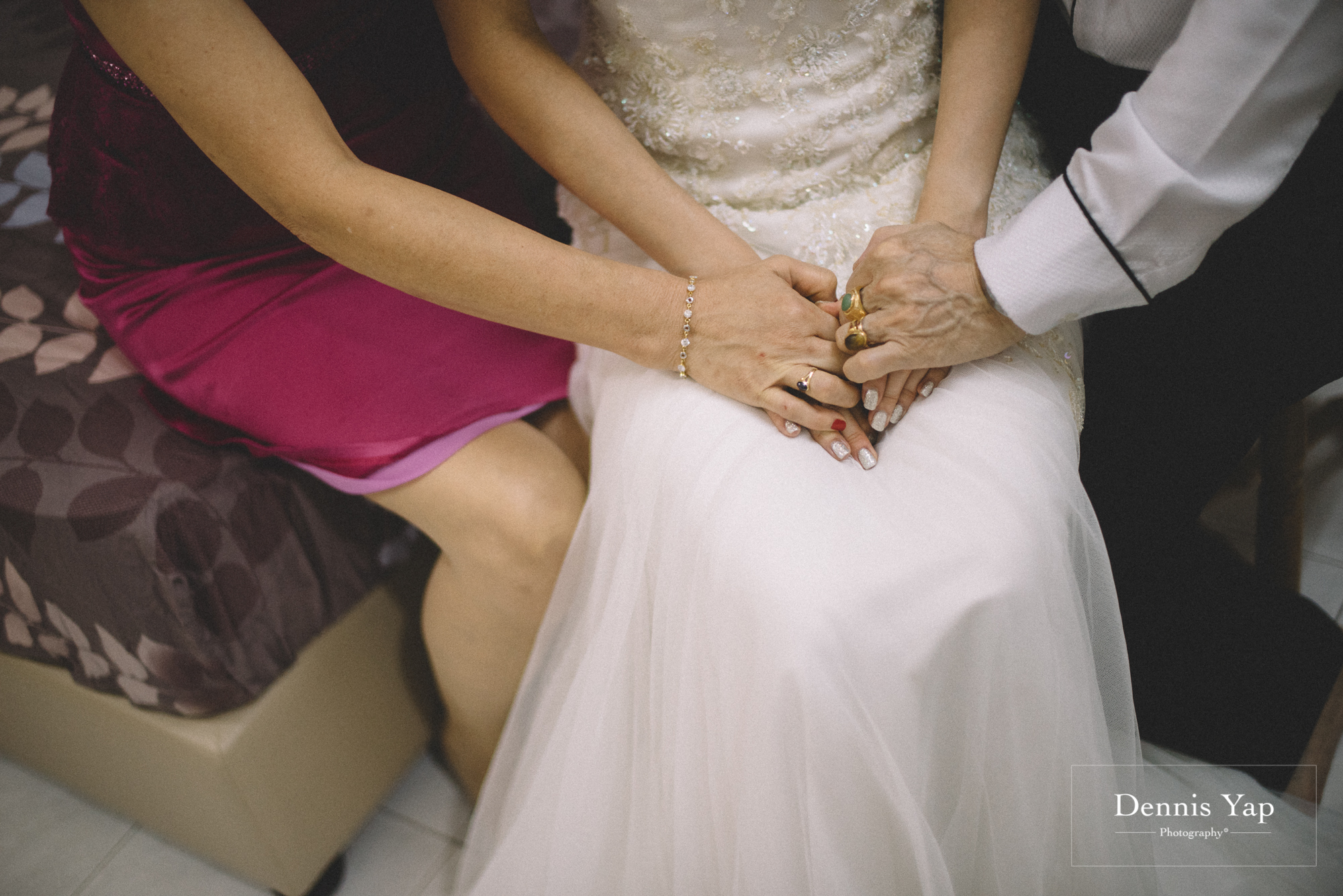 alex shir ley wedding day gate crash subang jaya usj dennis yap photography moments-3.jpg