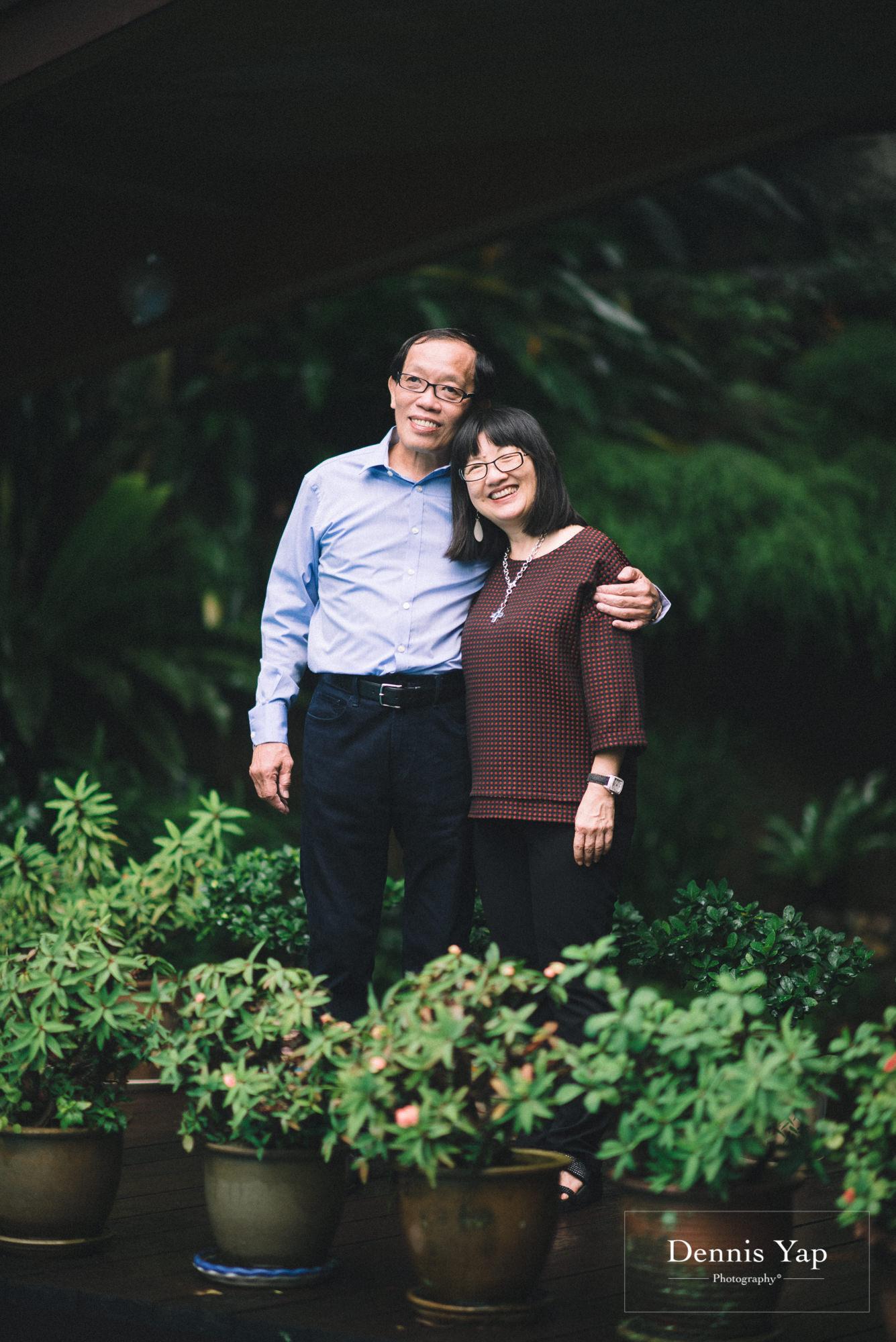 thong family chuen thong portrait beloved dennis yap photography-1.jpg