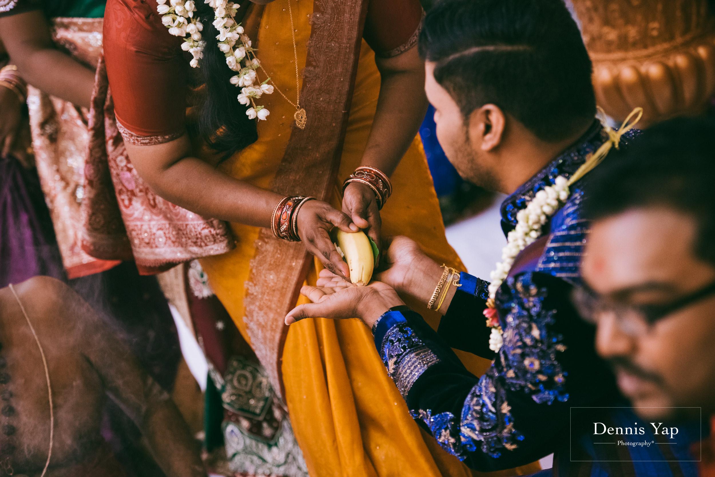 puvaneswaran cangitaa indian wedding ceremony ideal convention dennis yap photography malaysia-15.jpg