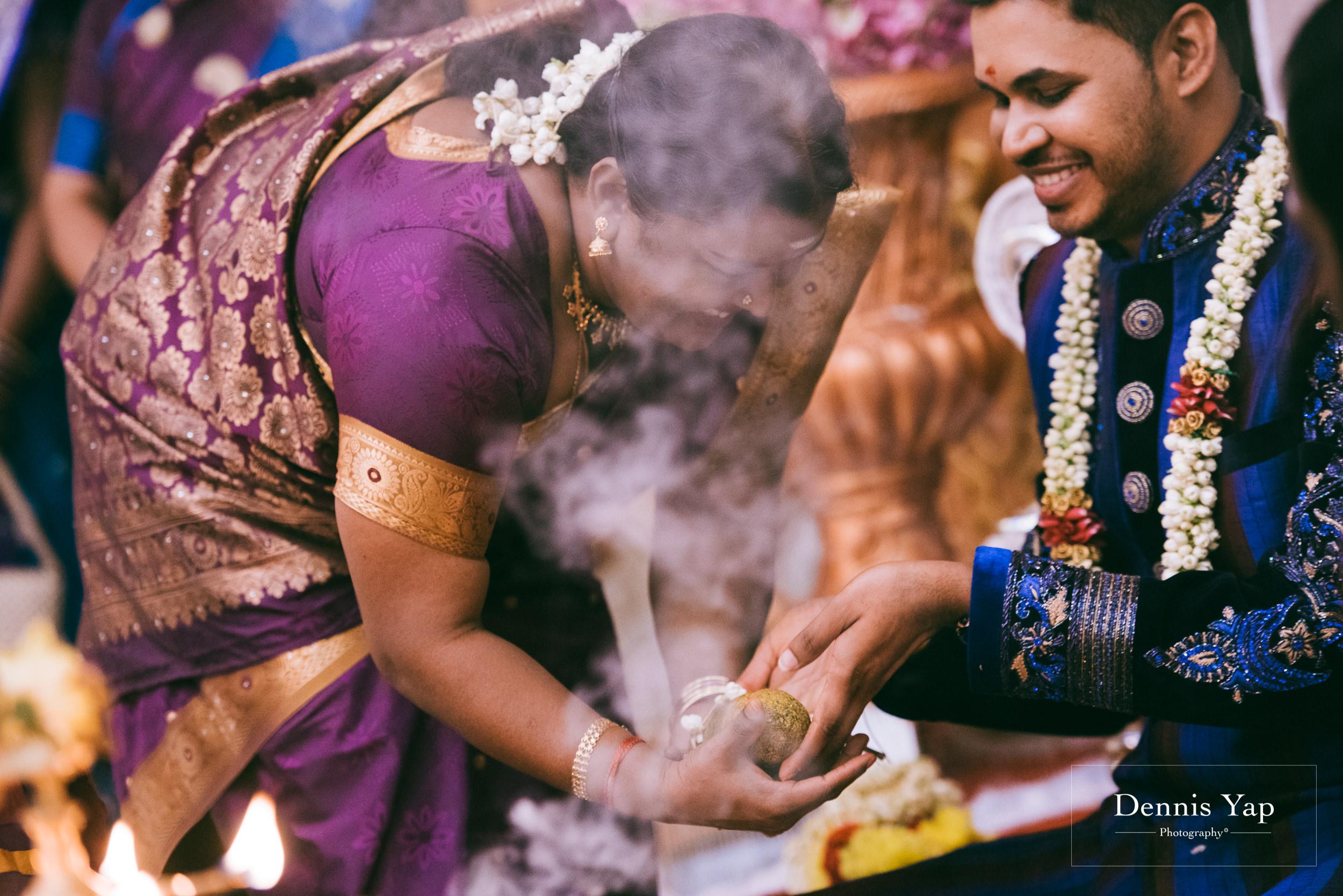 puvaneswaran cangitaa indian wedding ceremony ideal convention dennis yap photography malaysia-17.jpg