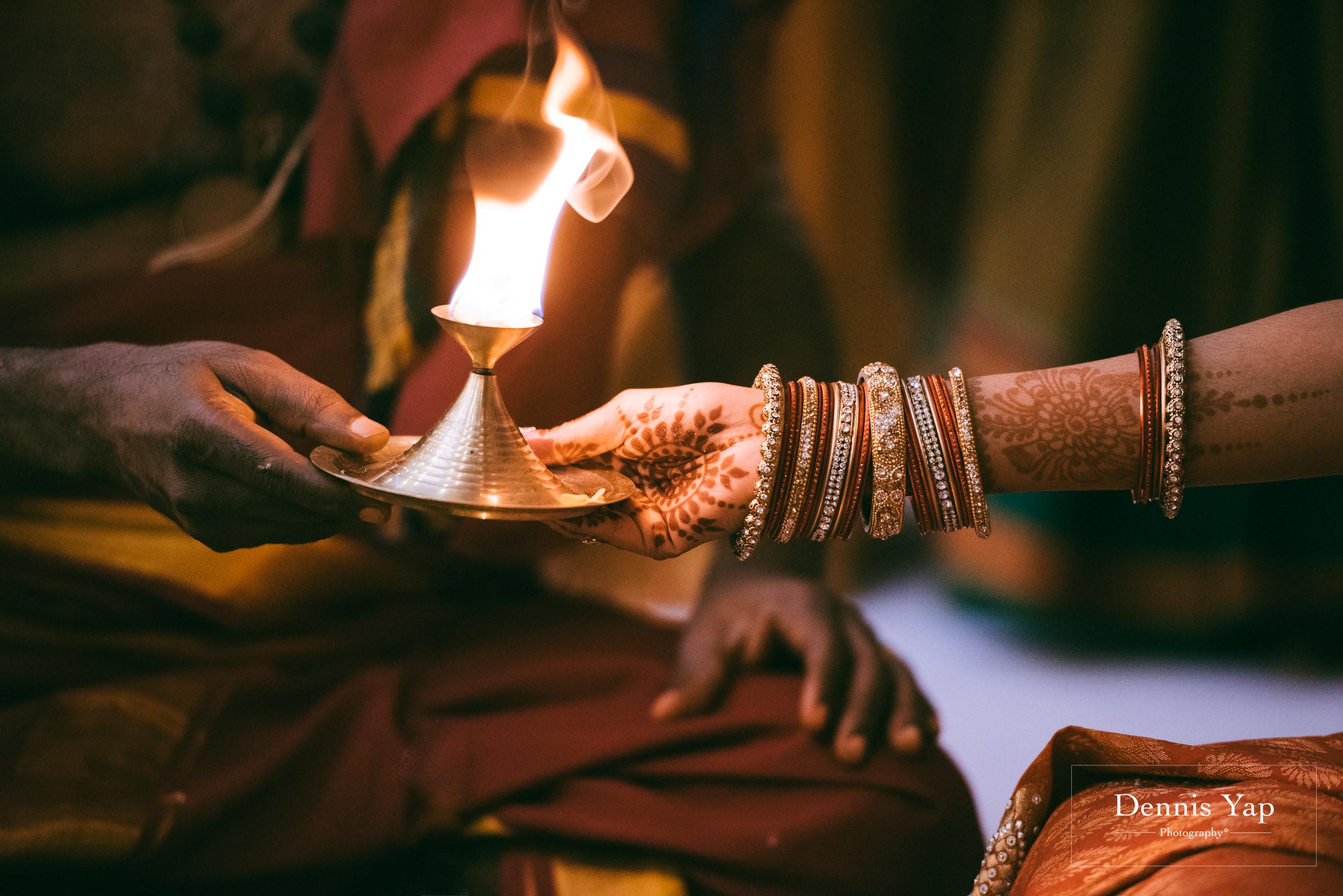 puvaneswaran cangitaa indian wedding ceremony ideal convention dennis yap photography malaysia-18.jpg