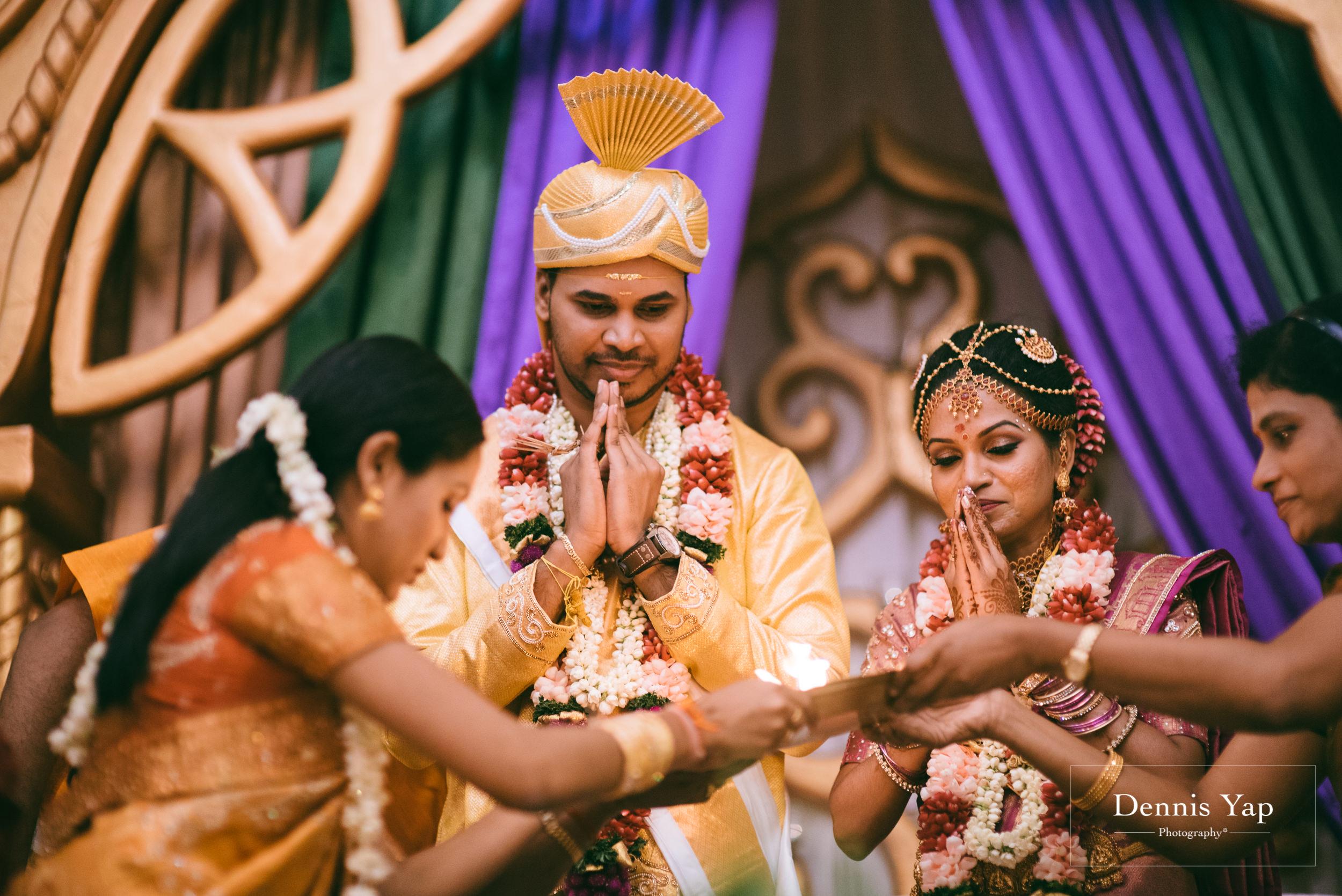 puvaneswaran cangitaa indian wedding ceremony ideal convention dennis yap photography malaysia-32.jpg