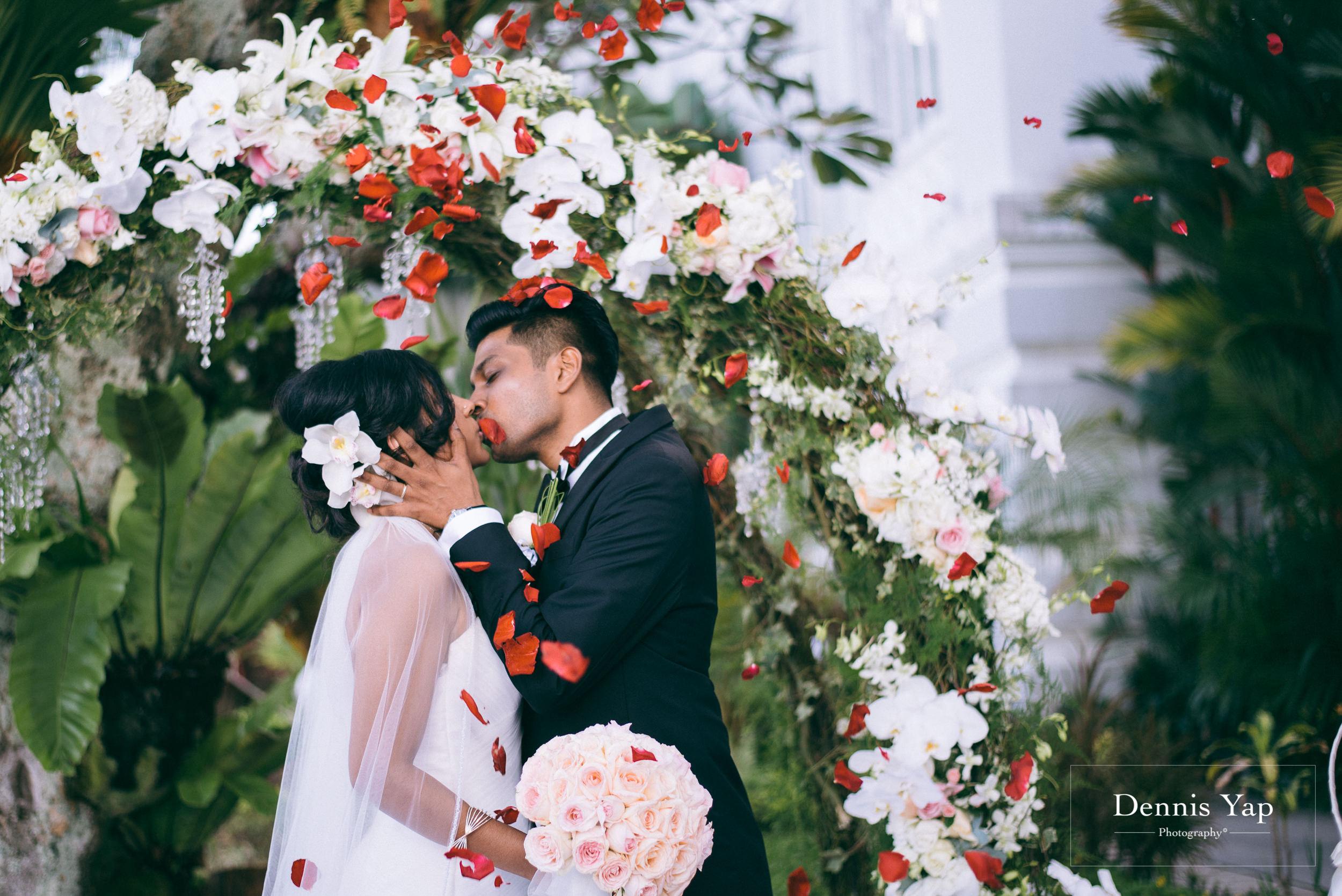 kelvin kosyilya garden wedding penang E and O hotel dennis yap indian wedding photographer-19.jpg