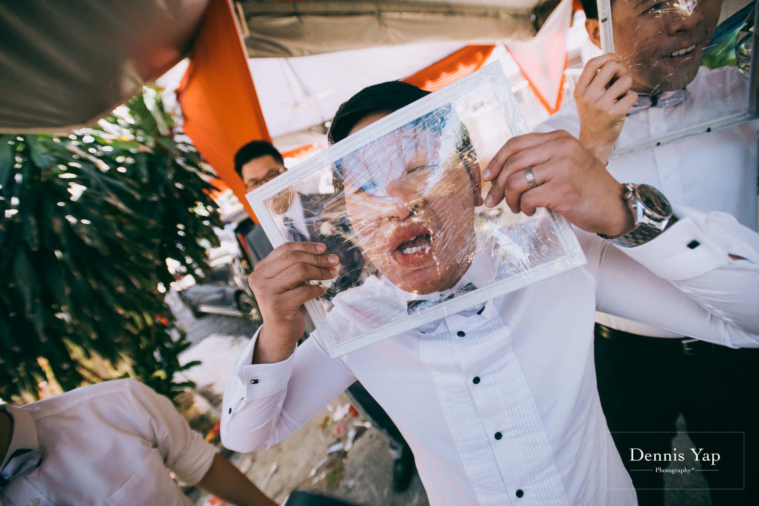 julian paige wedding gate crash malaysia dennis yap-2.jpg