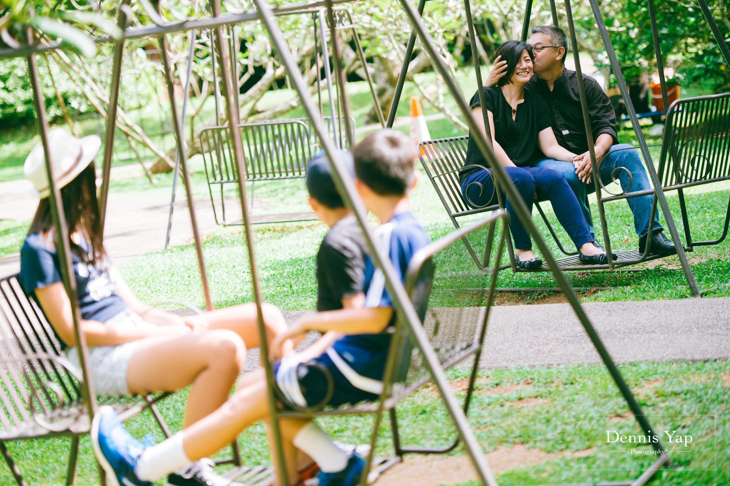mai yin family portrait singapore botanical garden dennis yap photography malaysia-2.jpg