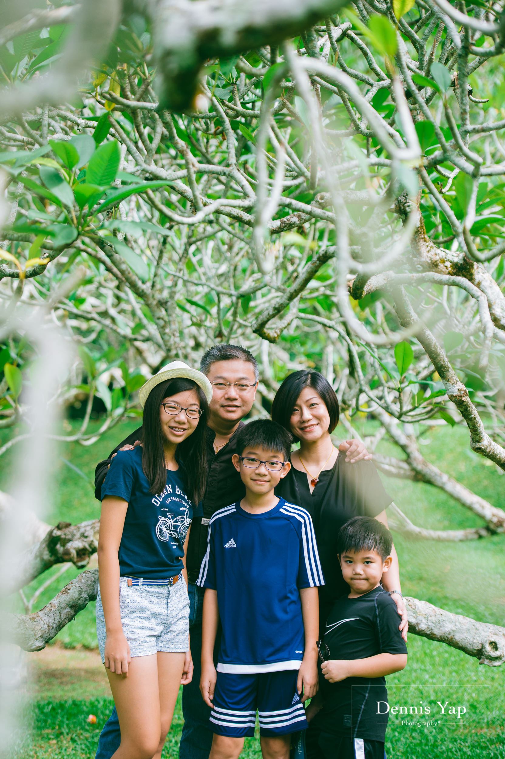 mai yin family portrait singapore botanical garden dennis yap photography malaysia-3.jpg
