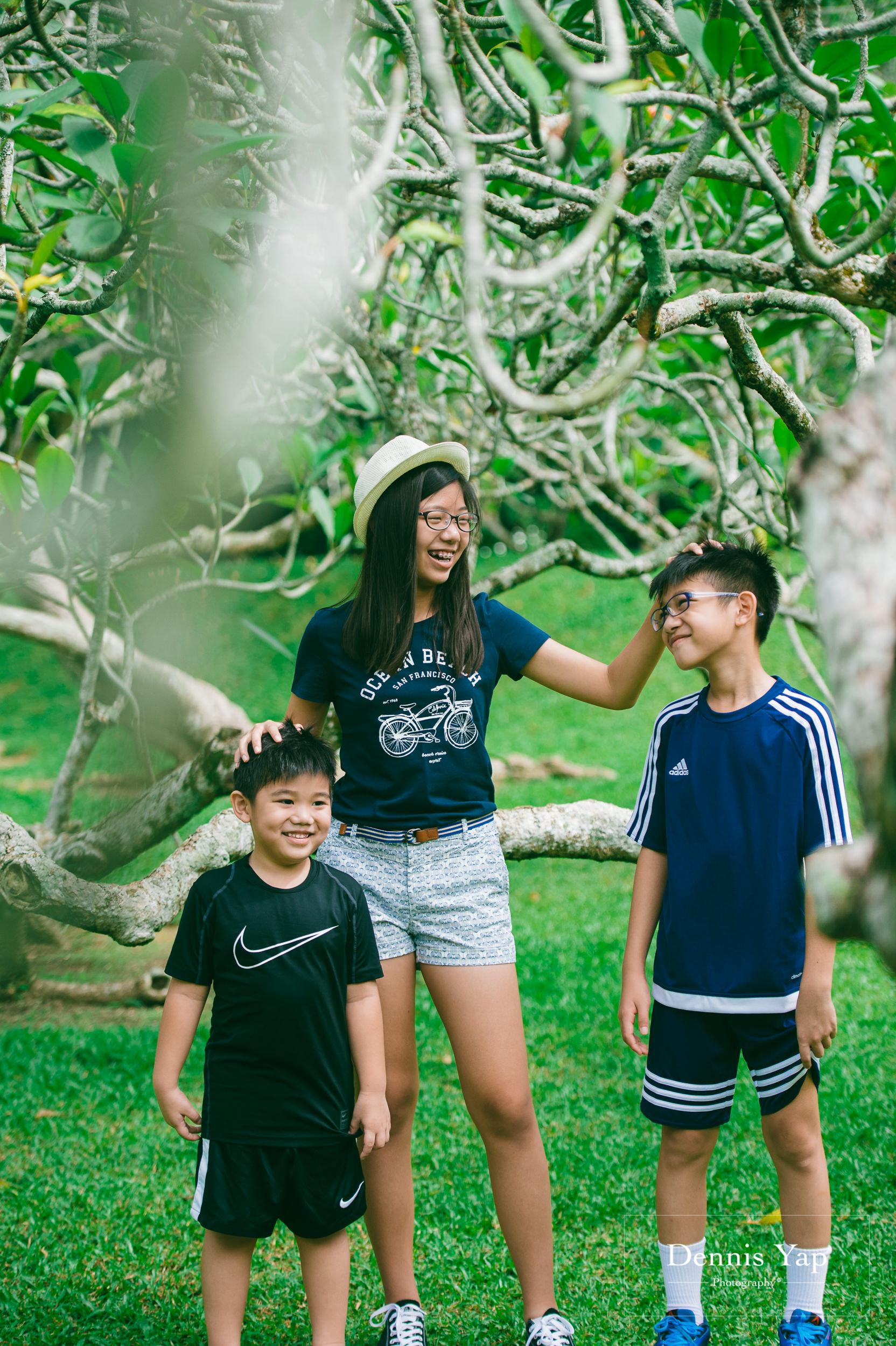 mai yin family portrait singapore botanical garden dennis yap photography malaysia-4.jpg