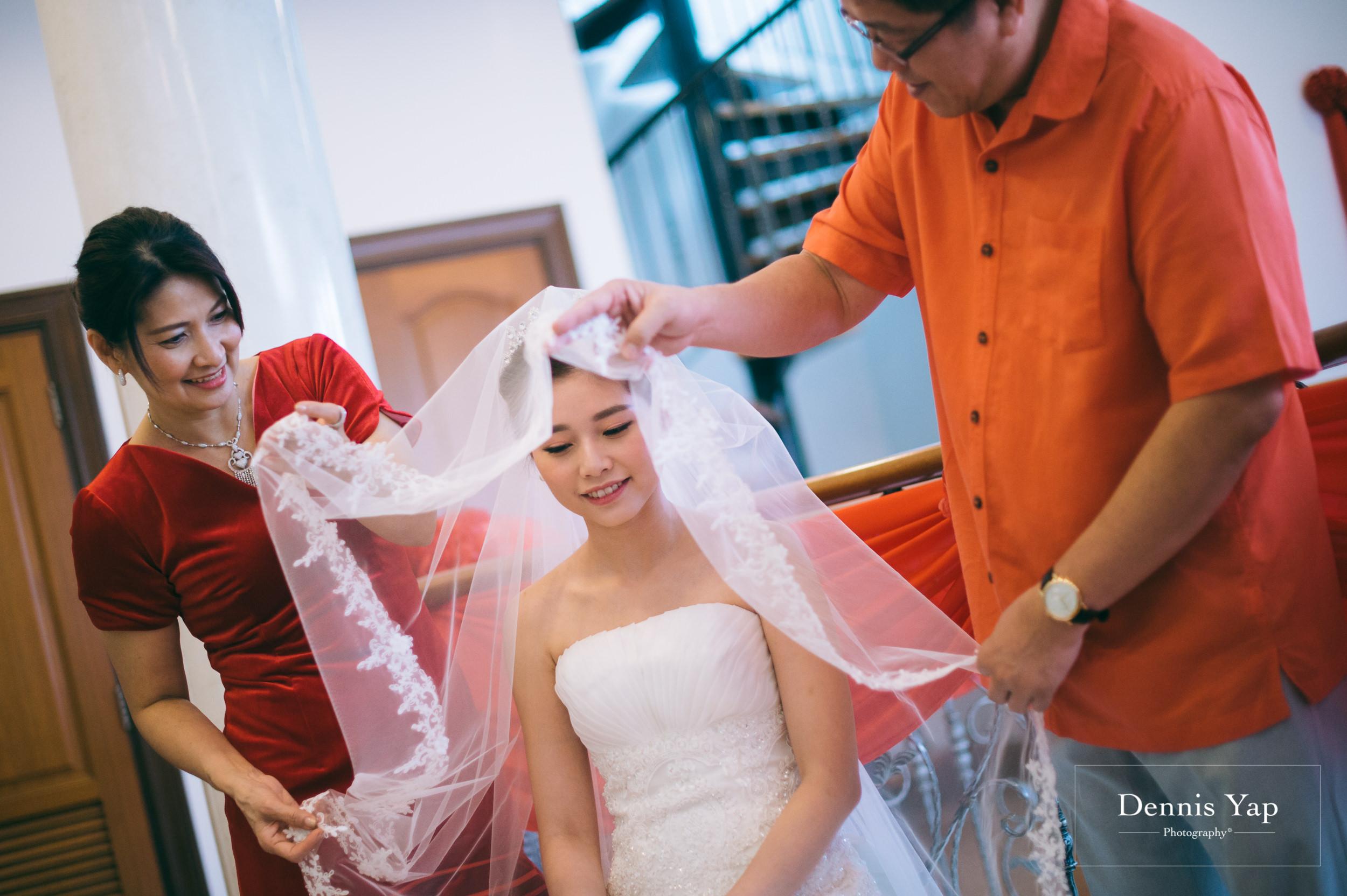 ivan constance wedding day renaissance hotel dennis yap photography-12.jpg
