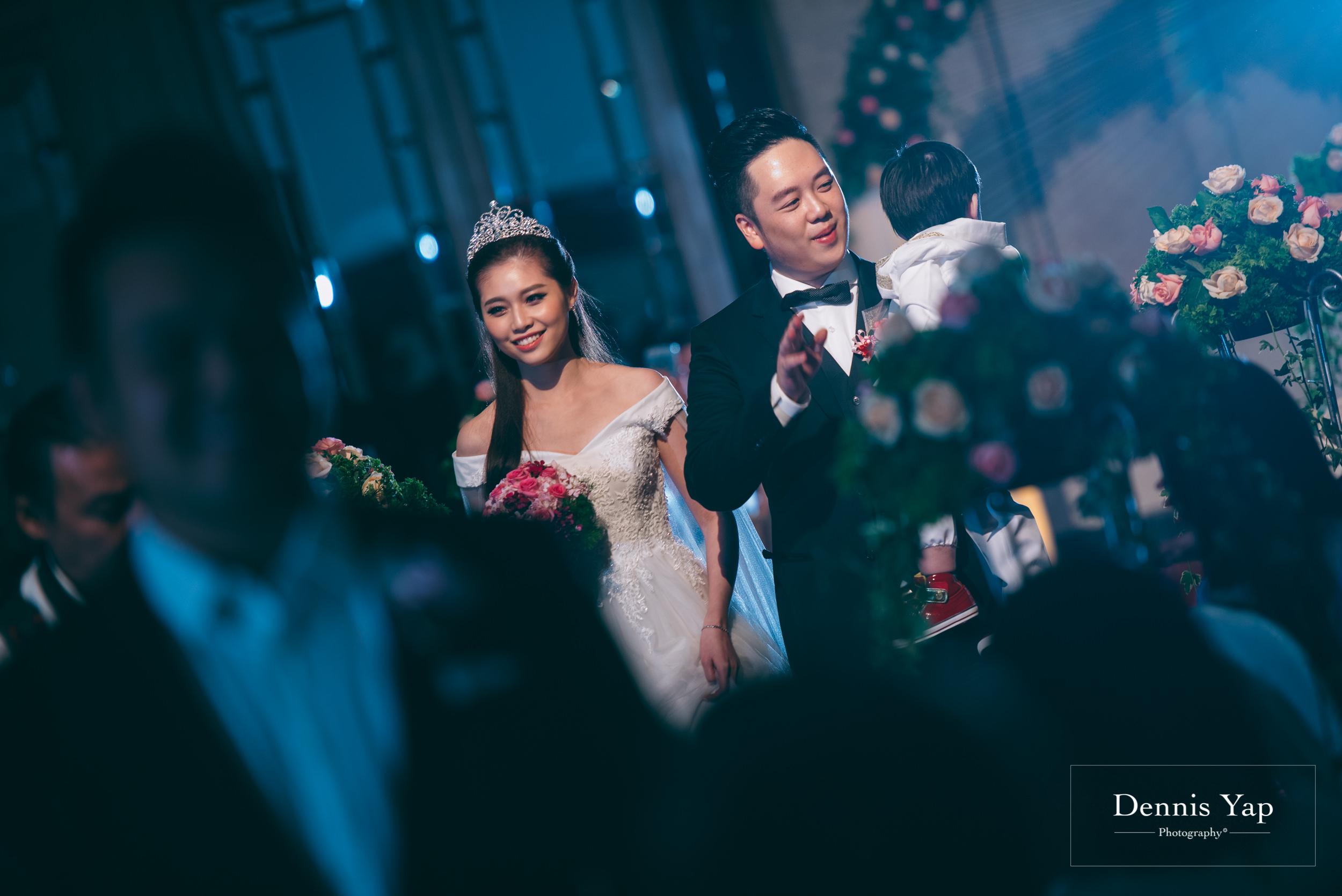 ivan constance wedding day renaissance hotel dennis yap photography-36.jpg