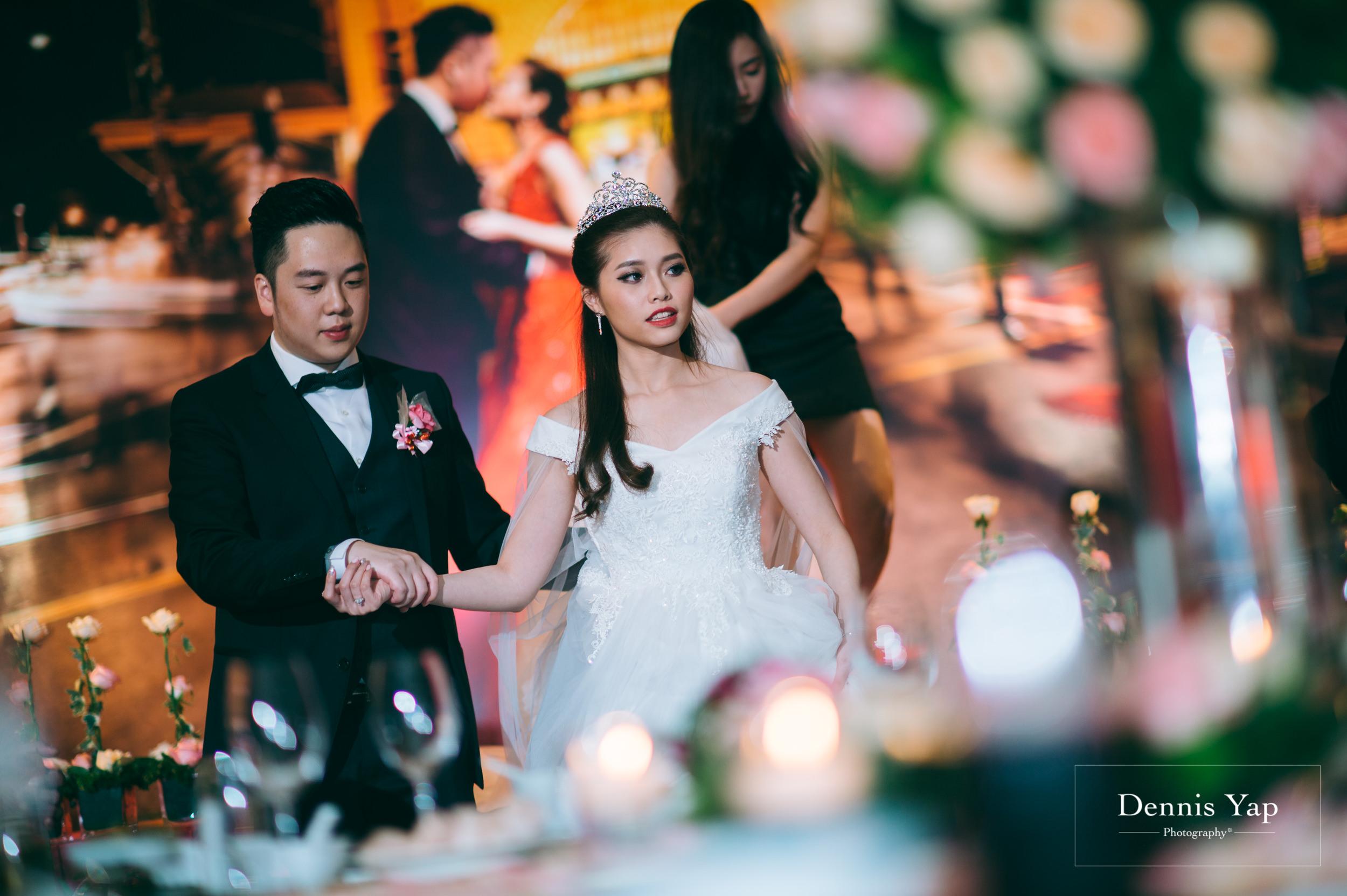 ivan constance wedding day renaissance hotel dennis yap photography-39.jpg