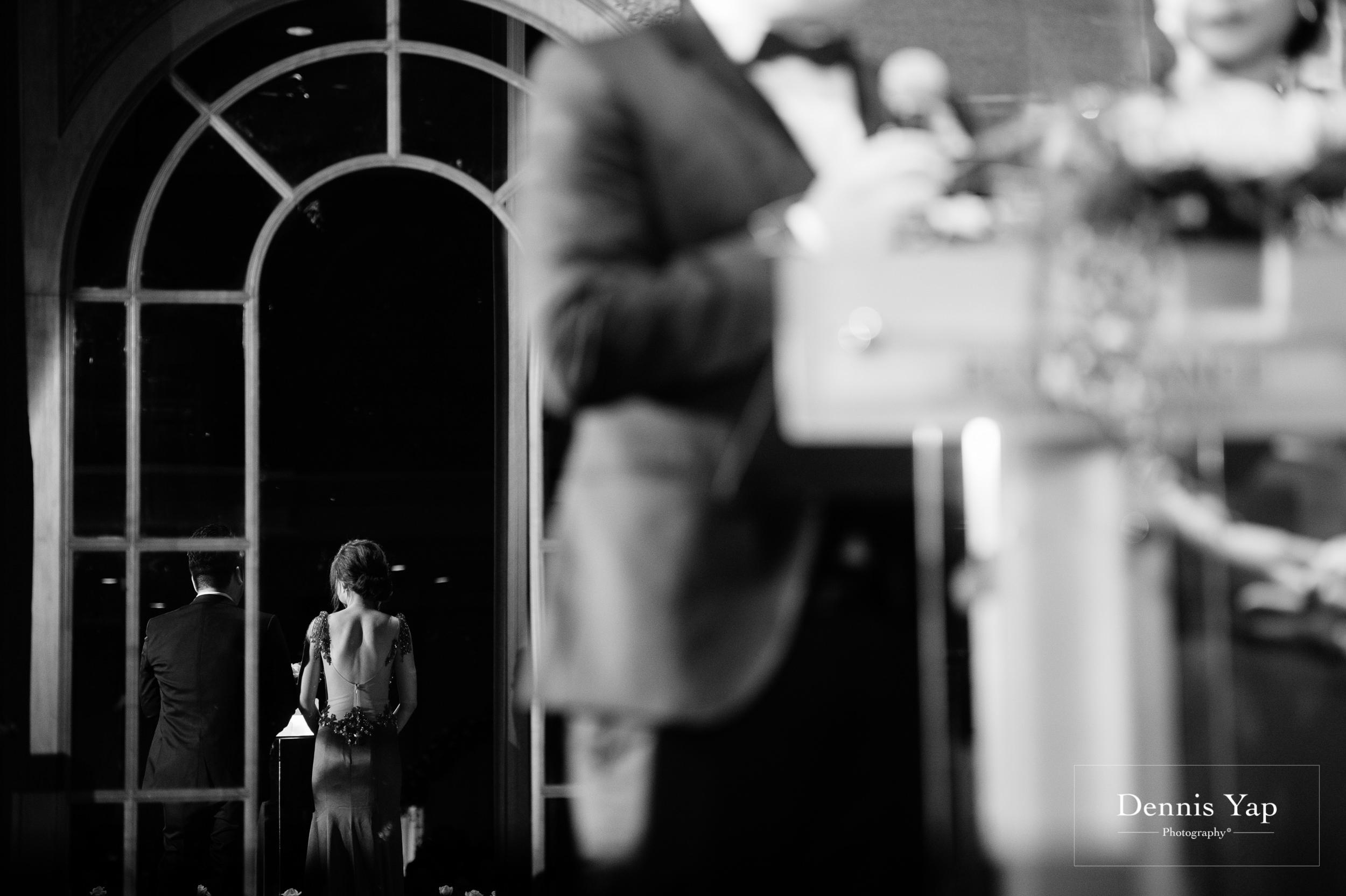 ivan constance wedding day renaissance hotel dennis yap photography-42.jpg