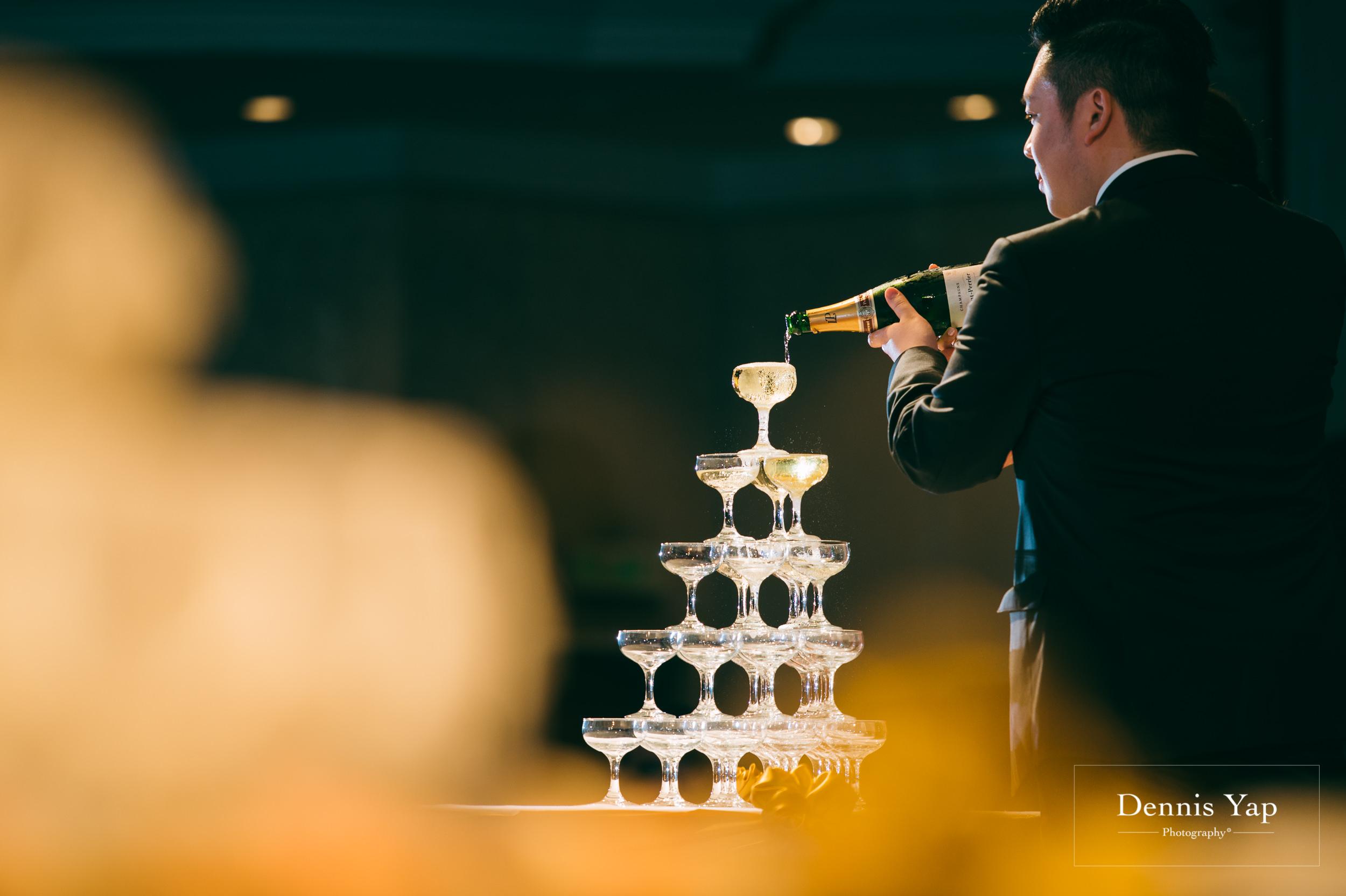 ivan constance wedding day renaissance hotel dennis yap photography-44.jpg