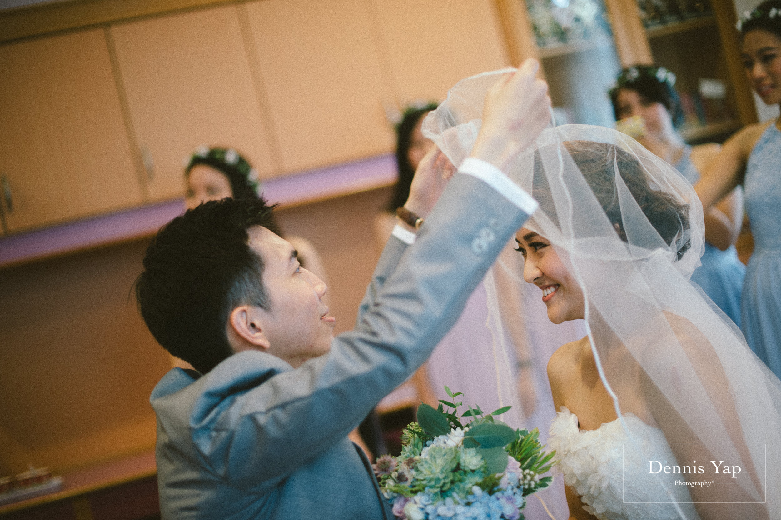 jamie hann wedding day gate crash garden wedding dennis yap photography traditional chinese tea ceremony-14.jpg