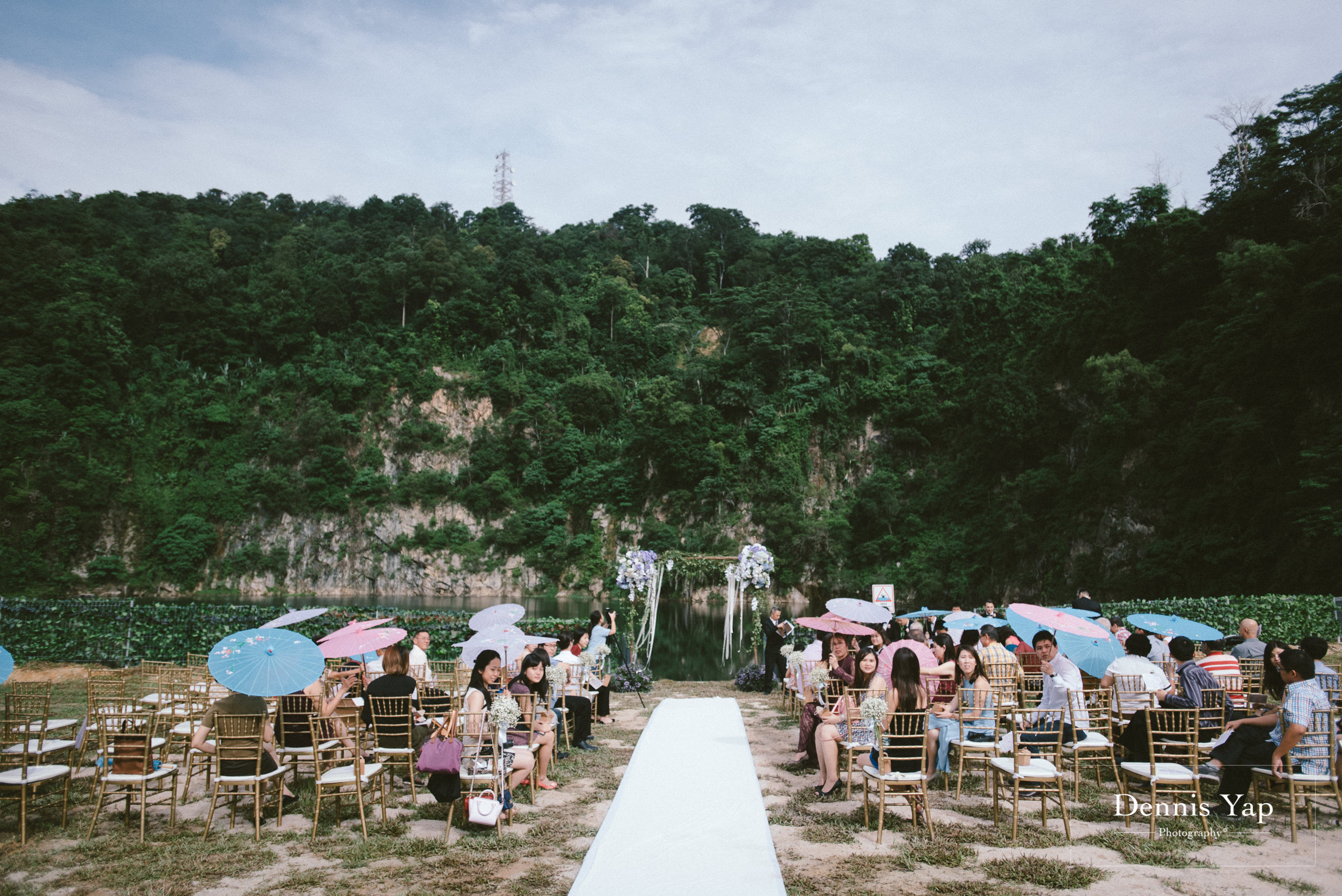 jamie hann wedding day gate crash garden wedding dennis yap photography traditional chinese tea ceremony-19.jpg