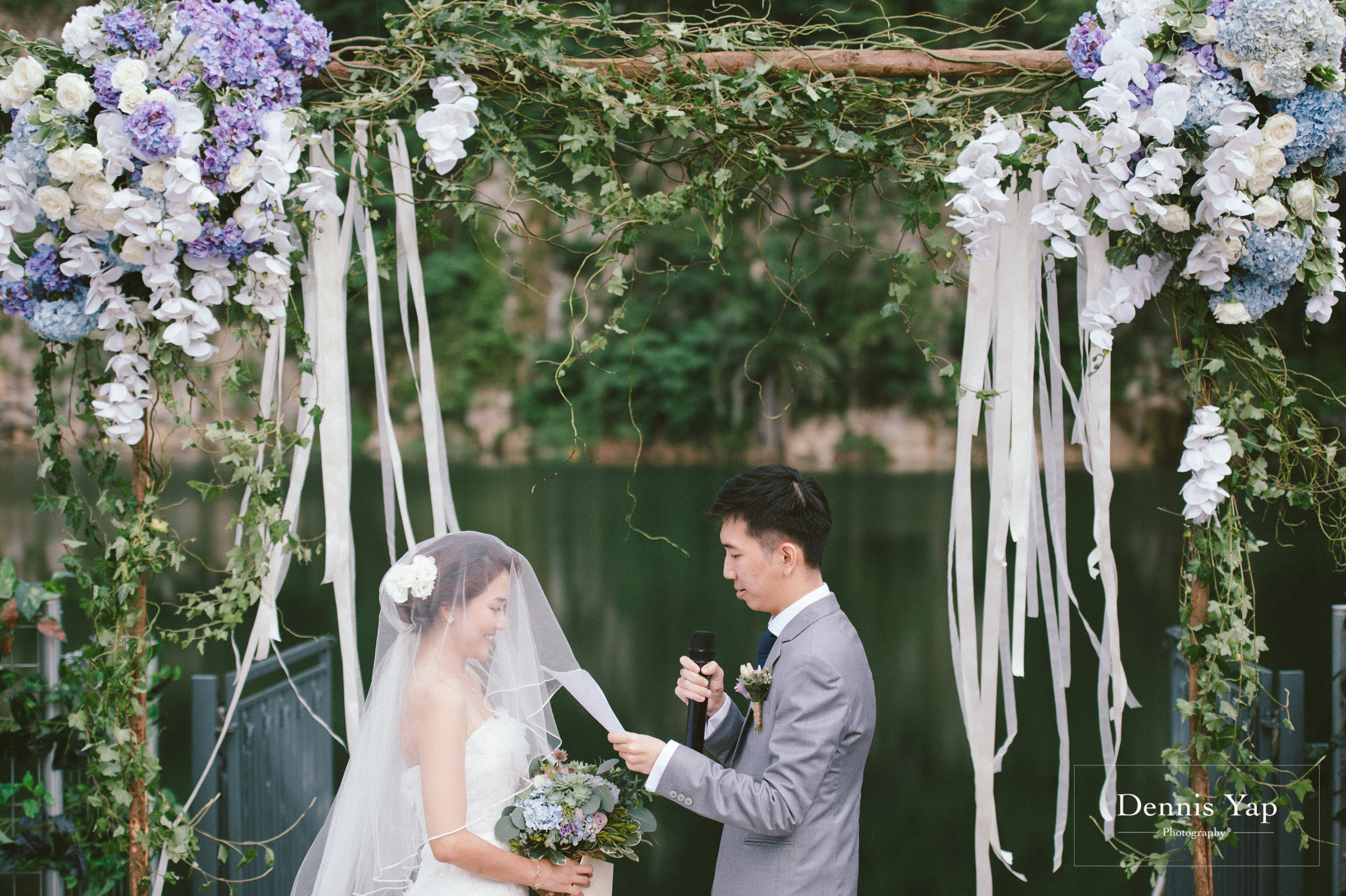 jamie hann wedding day gate crash garden wedding dennis yap photography traditional chinese tea ceremony-26.jpg